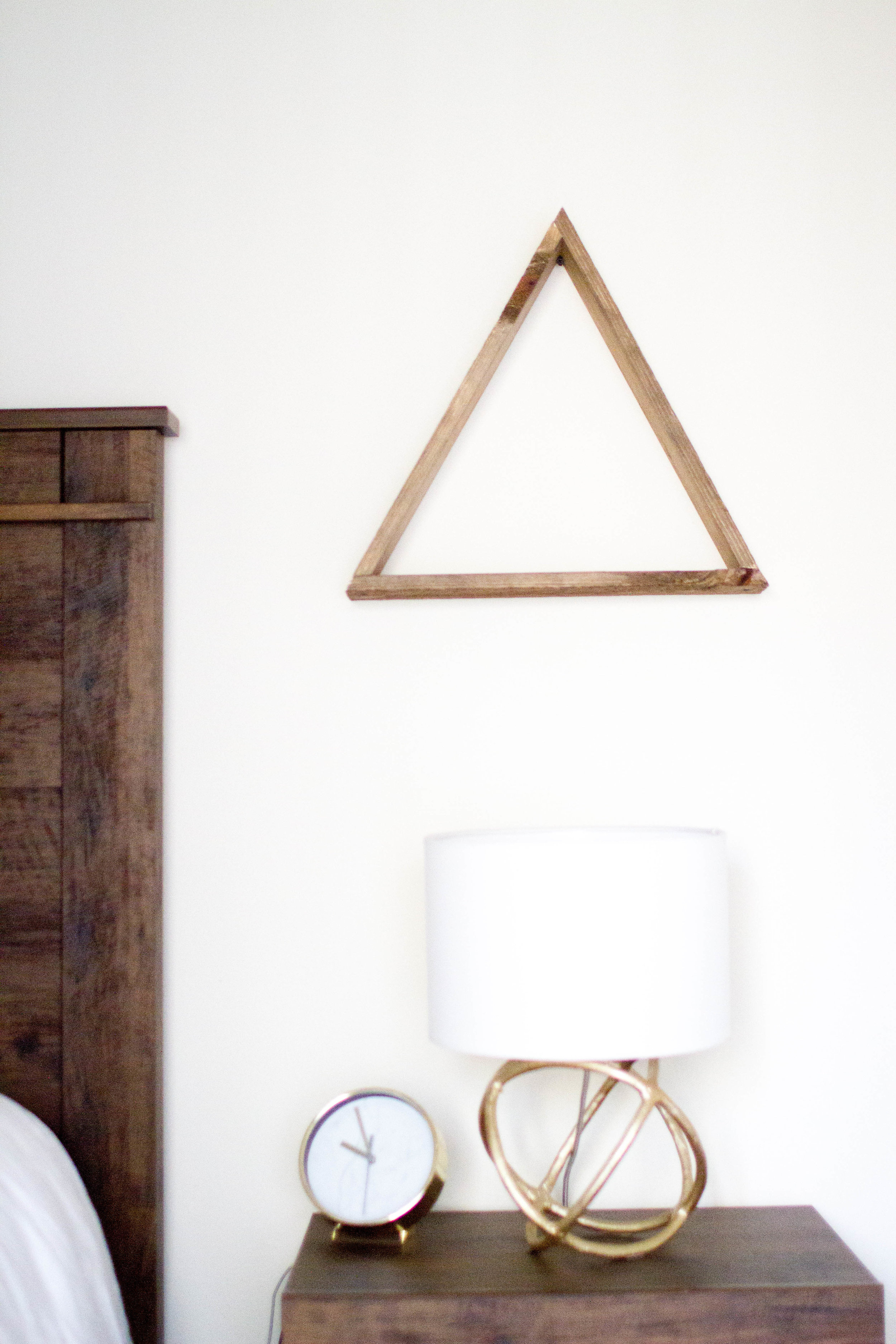 Shop table lamps  HERE  (great prices!)