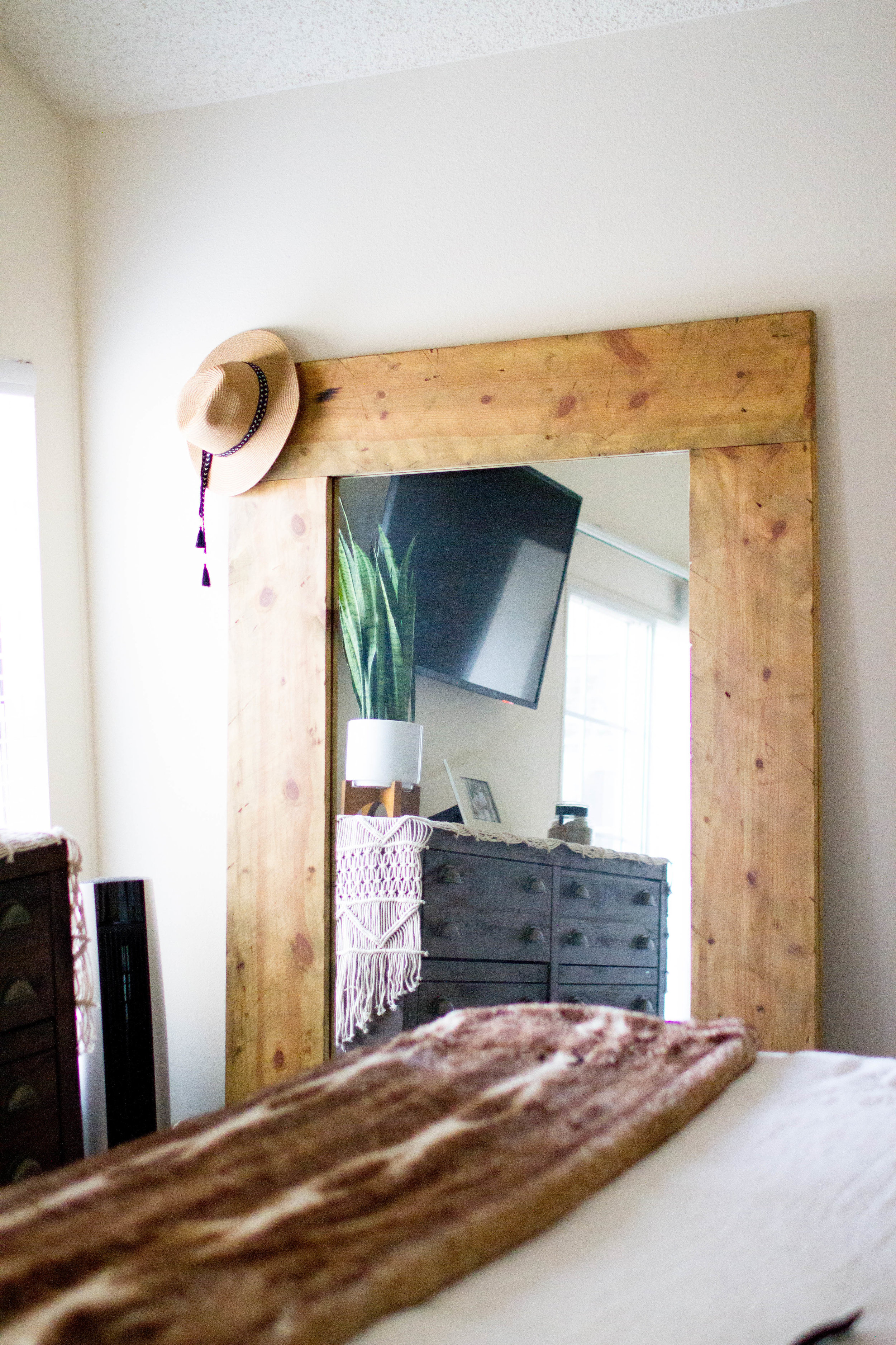 Similar mirror linked  HERE  or contact me for details on customizing your own! (Aaron is amazing!)