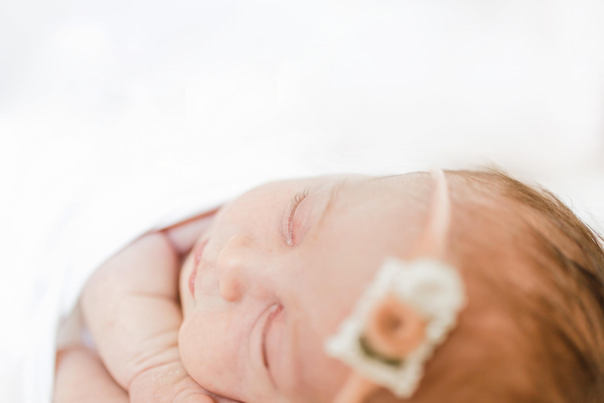 Selah Newborn-61.jpg