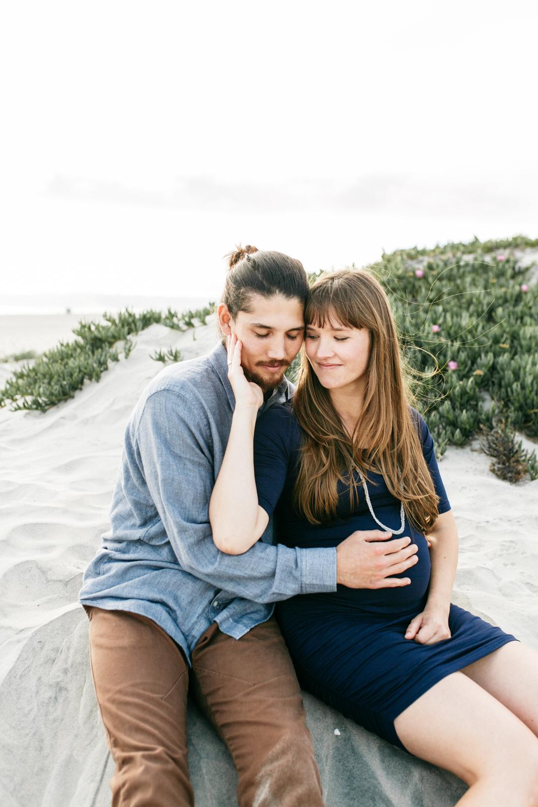 SamErica Studios - San Diego Maternity Photographer - Babymoon in Coronado-16.jpg