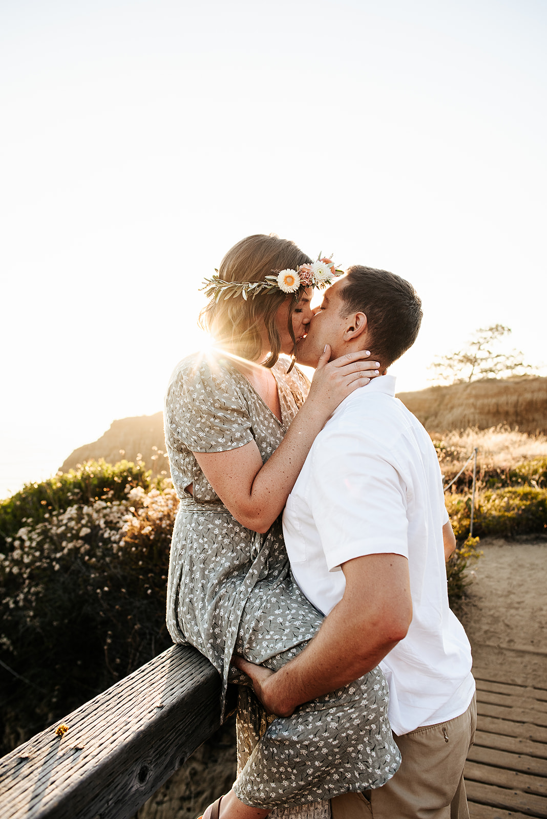 SoCal_Standard_-_San_Diego_Engagement_Photographer_-_Modern_Candid_Destination_Photographer_-_Engagement_Session_at_Torrey_Pines_San_Diego_California_-_Grace_and_Robert-168.jpg