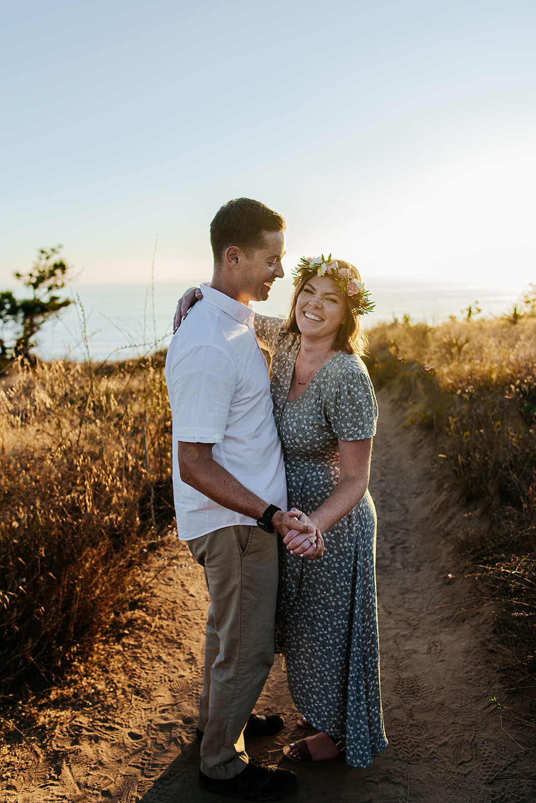 SoCal_Standard_-_San_Diego_Engagement_Photographer_-_Modern_Candid_Destination_Photographer_-_Engagement_Session_at_Torrey_Pines_San_Diego_California_-_Grace_and_Robert-181.jpg