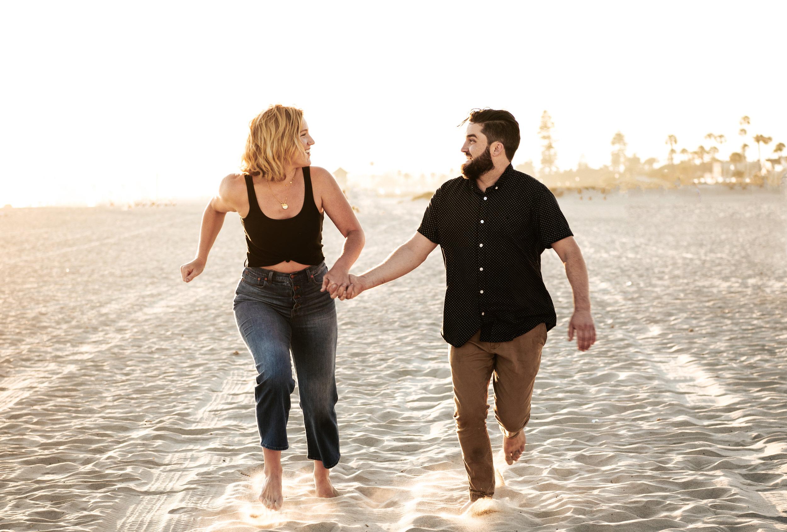 San Diego Engagement Photographer - Hotel Del Coronado - Coronado beach bonfire engagement session
