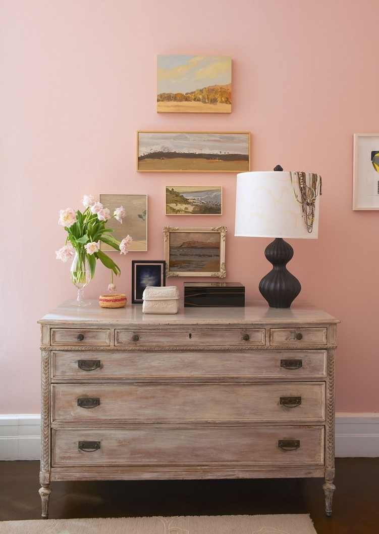 Porters Paints Eggshell  available in a range of pinks.