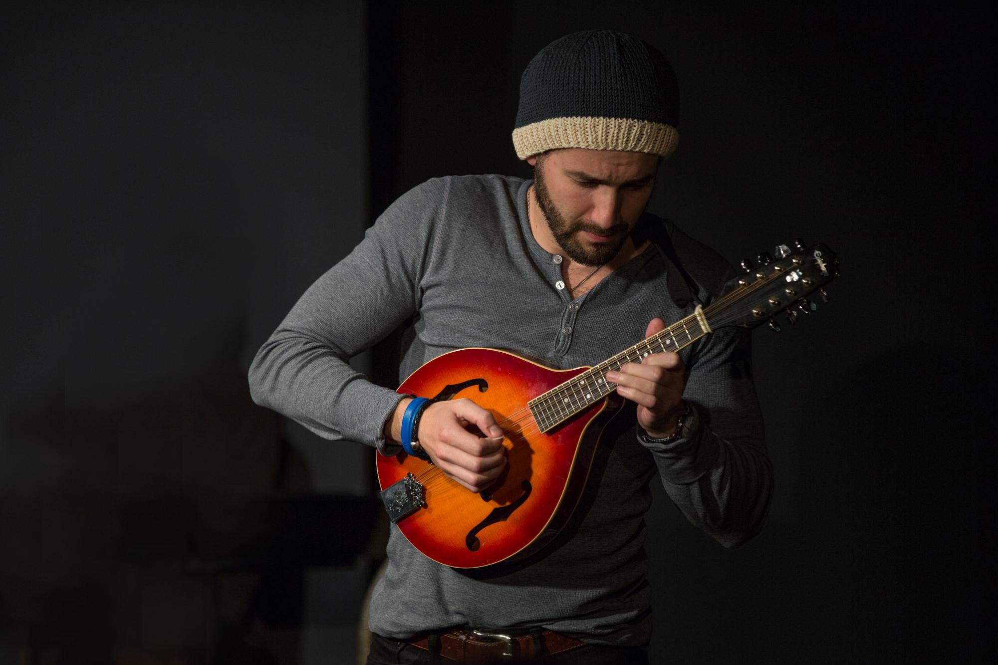 Eli on mandolin.jpg