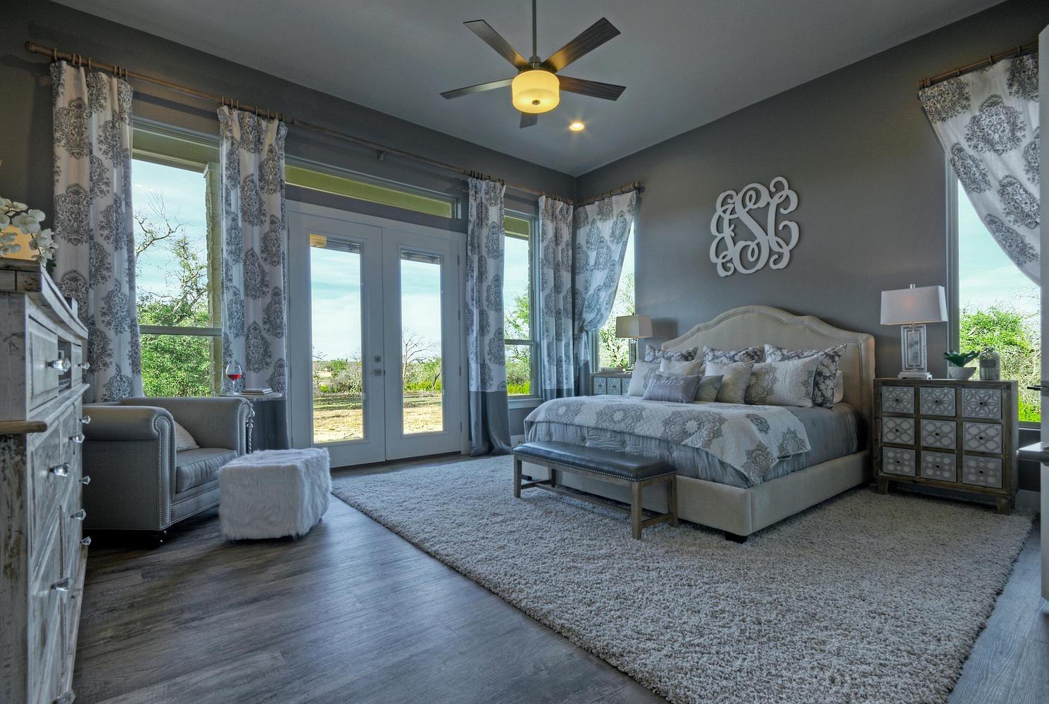 7250 County Road 101 Lampasas-large-025-34-Master BedroomWalls of Windows-1490x1000-72dpi.jpg