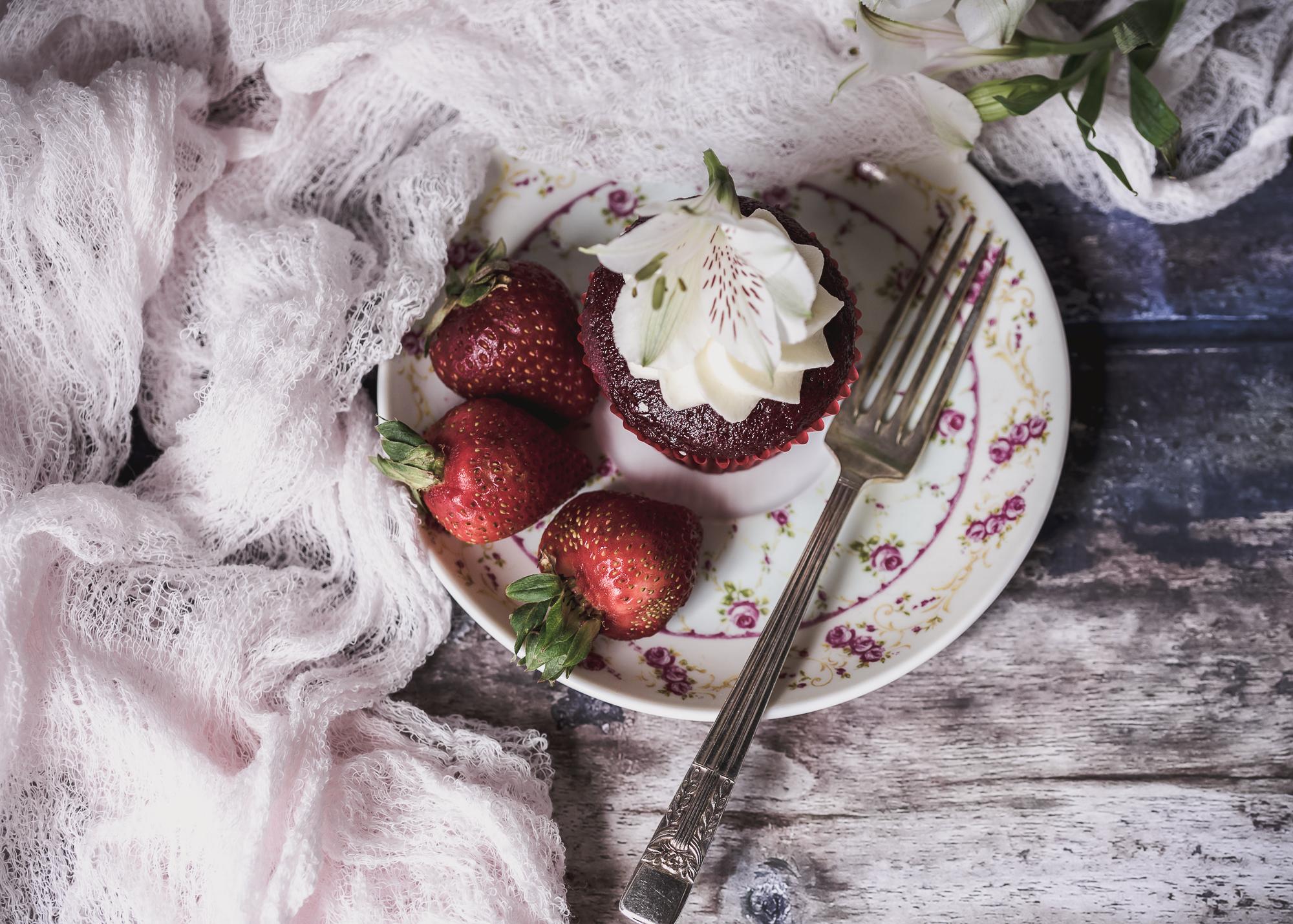 JuliePowell_Red Velvet-2.jpg