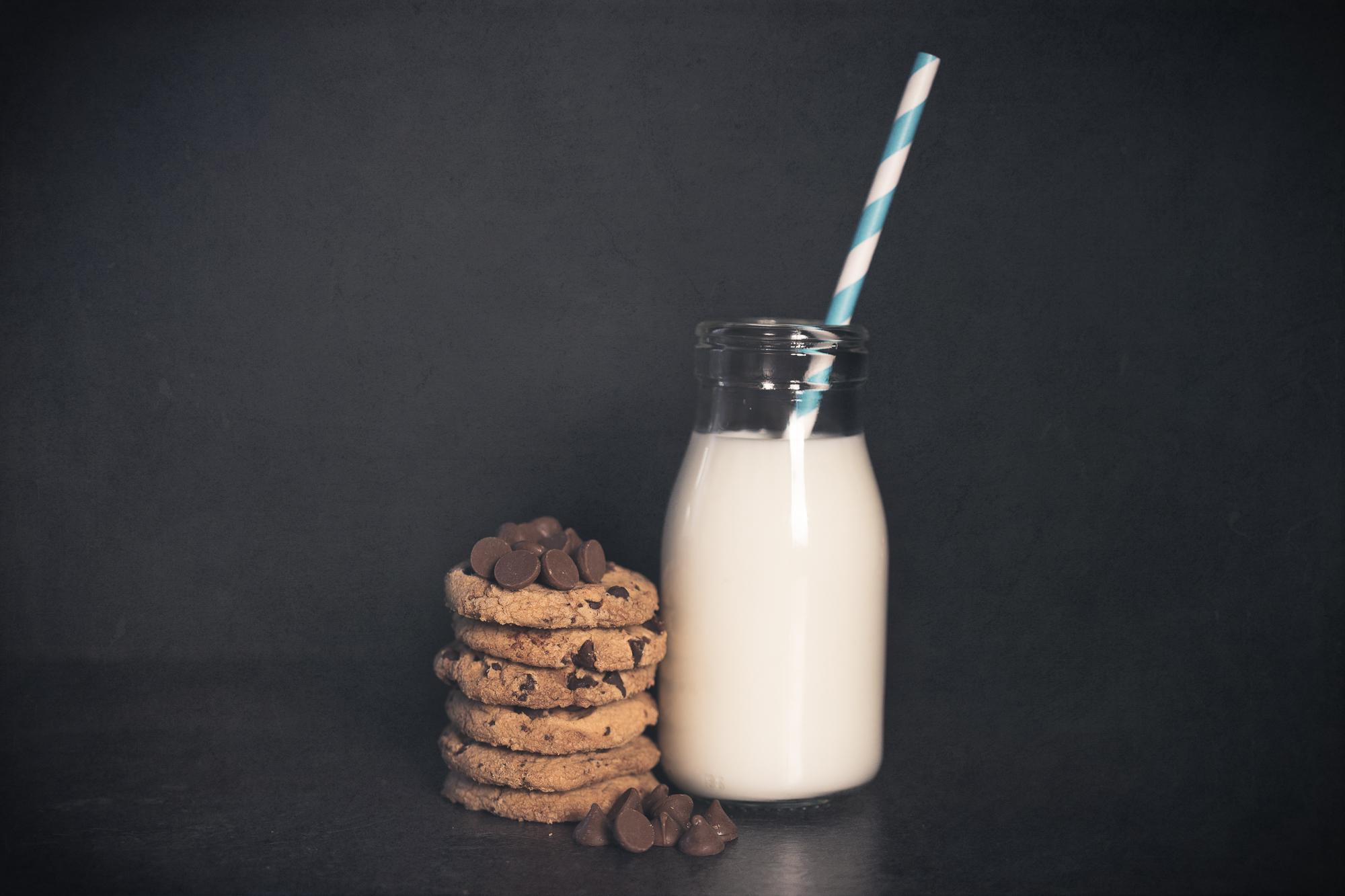 Julie Powell_Cookies & Milk-7.jpg