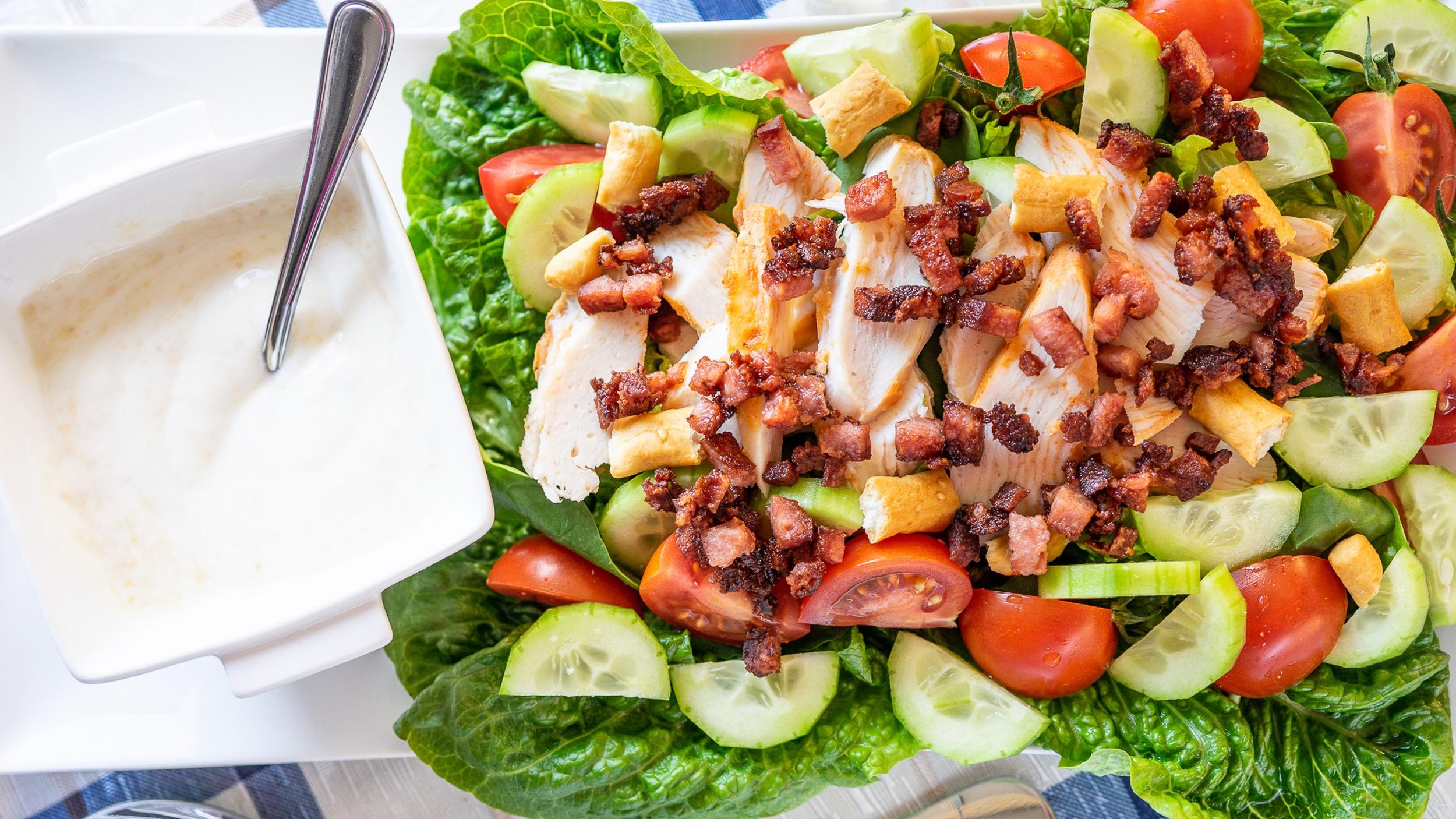 Easy Chicken Gyros Salad