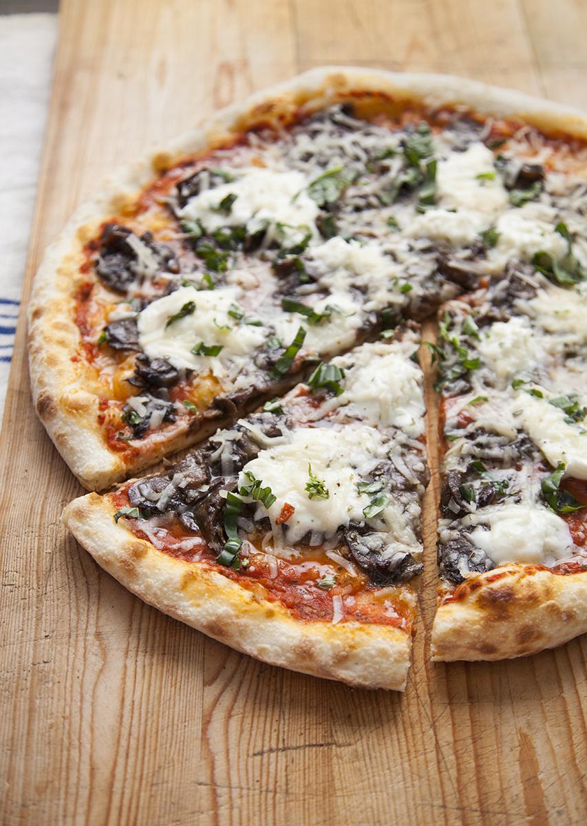 Shot-8.4-CafeR-Pizzas-Aug-14.jpg