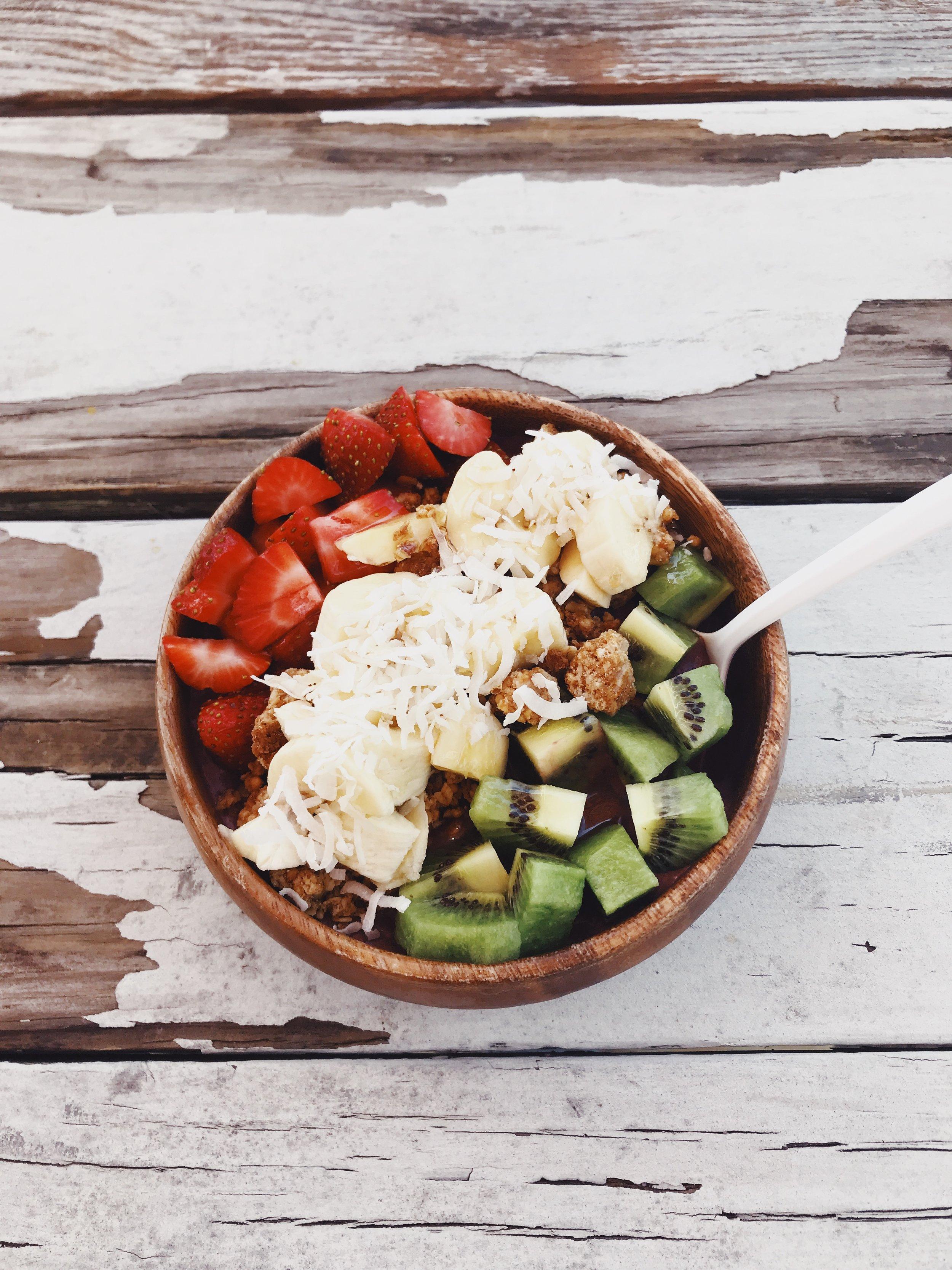 lolokai vegan friendly food galveston tx acai bowl