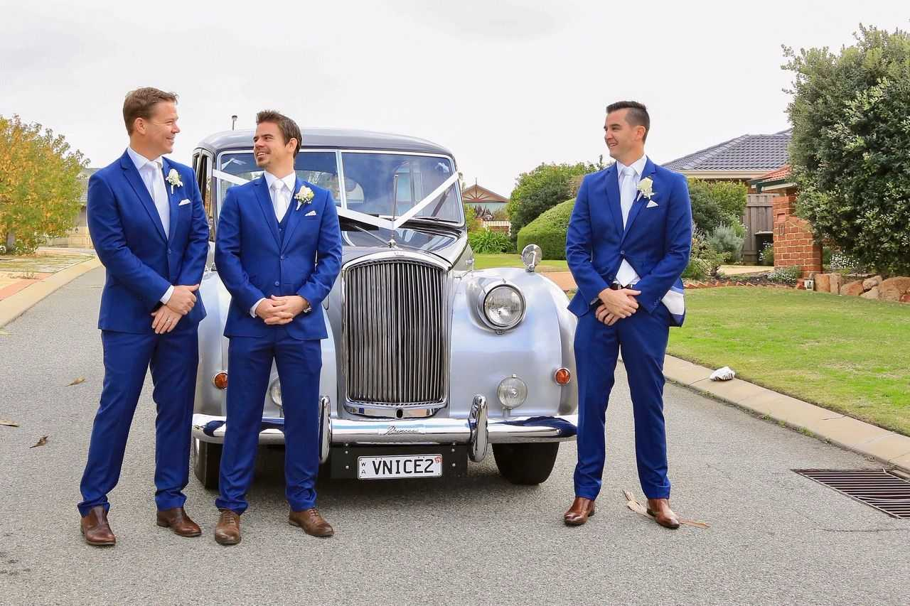 35-boys-in-blue-wedding-cars-perth-very-nice-classics.jpg