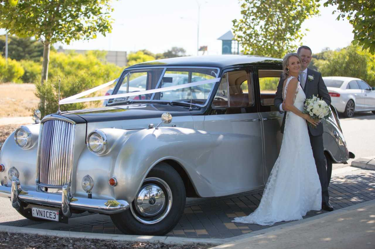 15-Karen_and_Phil_with_Very_Nice_Classics_vintage_wedding_car_Perth_December_2016.jpg
