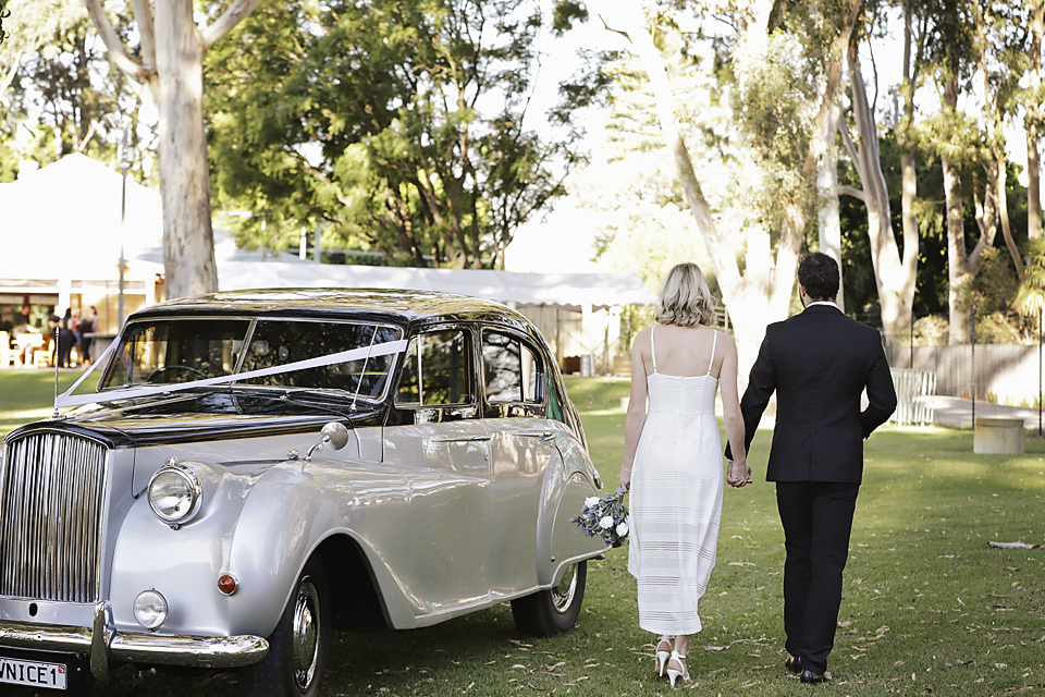 Elmars-Weddings083-all-about-image-very-nice-classics-wedding-cars-walking-away.JPG