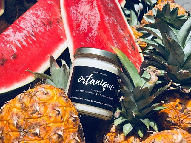 Did you know that ortaniques are native to Jamaica? In 1939 this variety of citrus was submitted to the Jamaica Agricultural Society. As it's name suggests, ortaniques are a uNIQUE combination of ORAnges and TANgerines. Get it?  Order our scrumptious 9 oz Ortanique soy candle today at berylblossom.com or send us a direct message!  #berylandblossom #soycandles #madeinjamaica