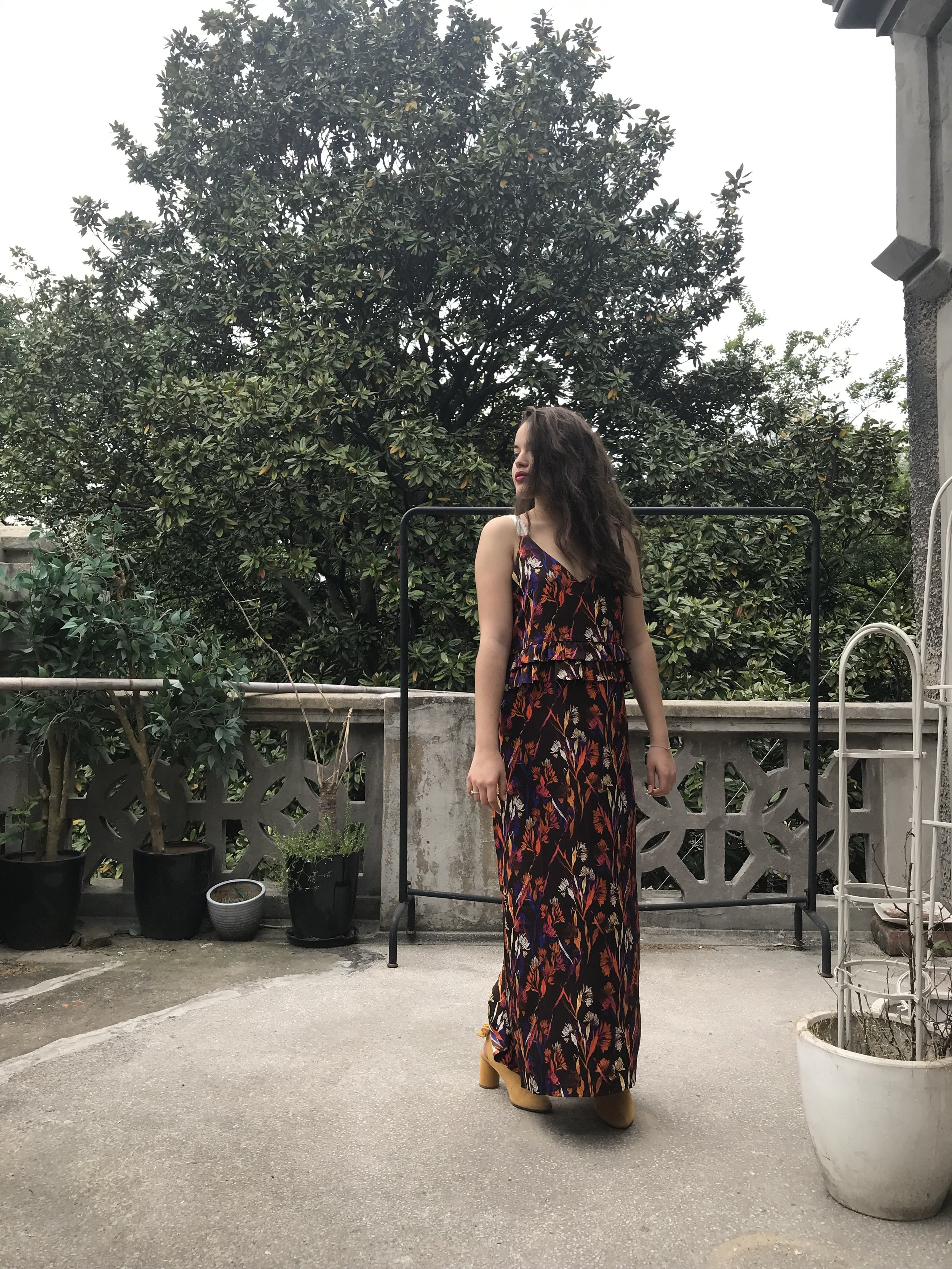 Leila outfit 1 : TERRE dress