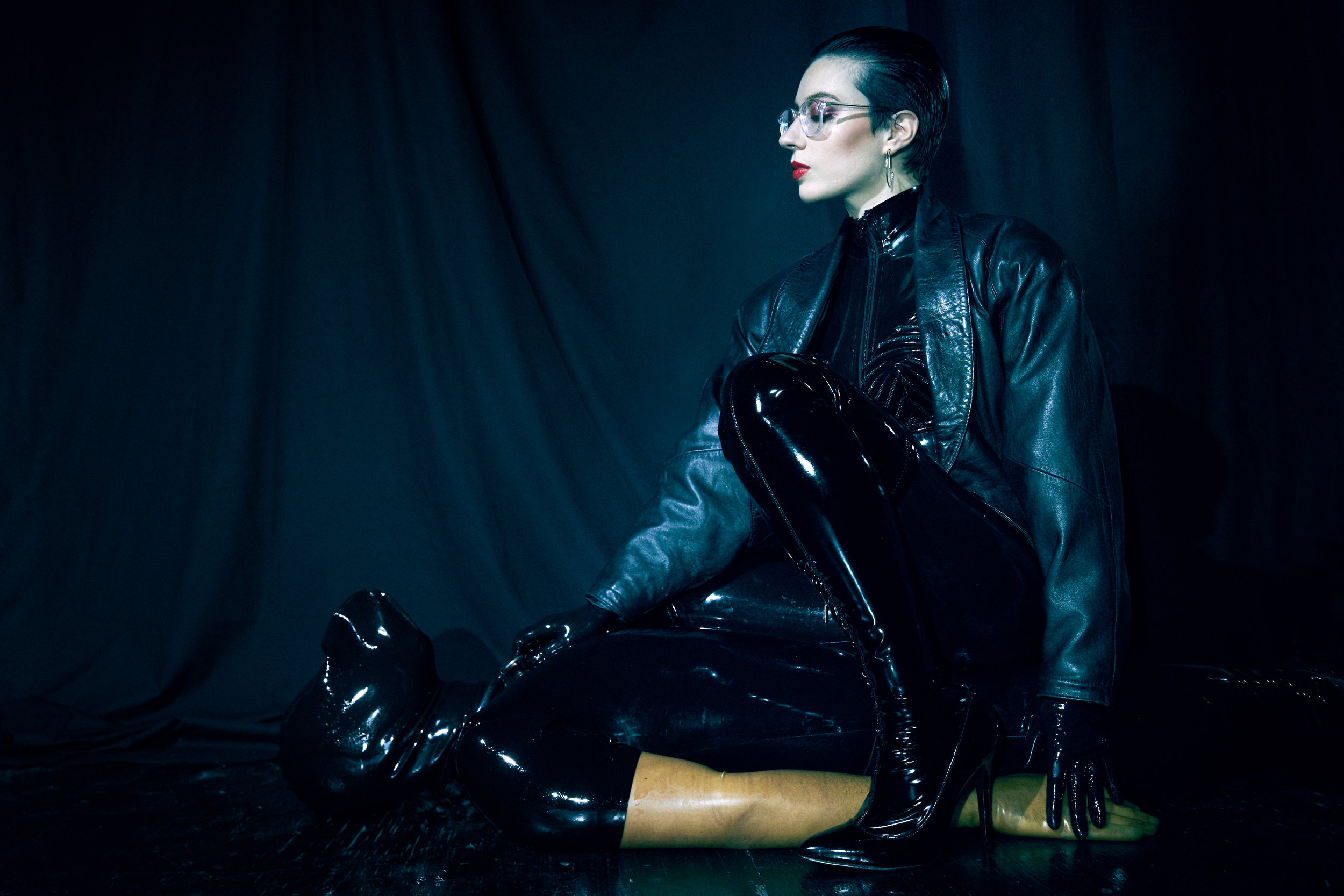 mistrix-sade-nyc-bdsm-mistress-dominatrix-latex-prodomme.jpg