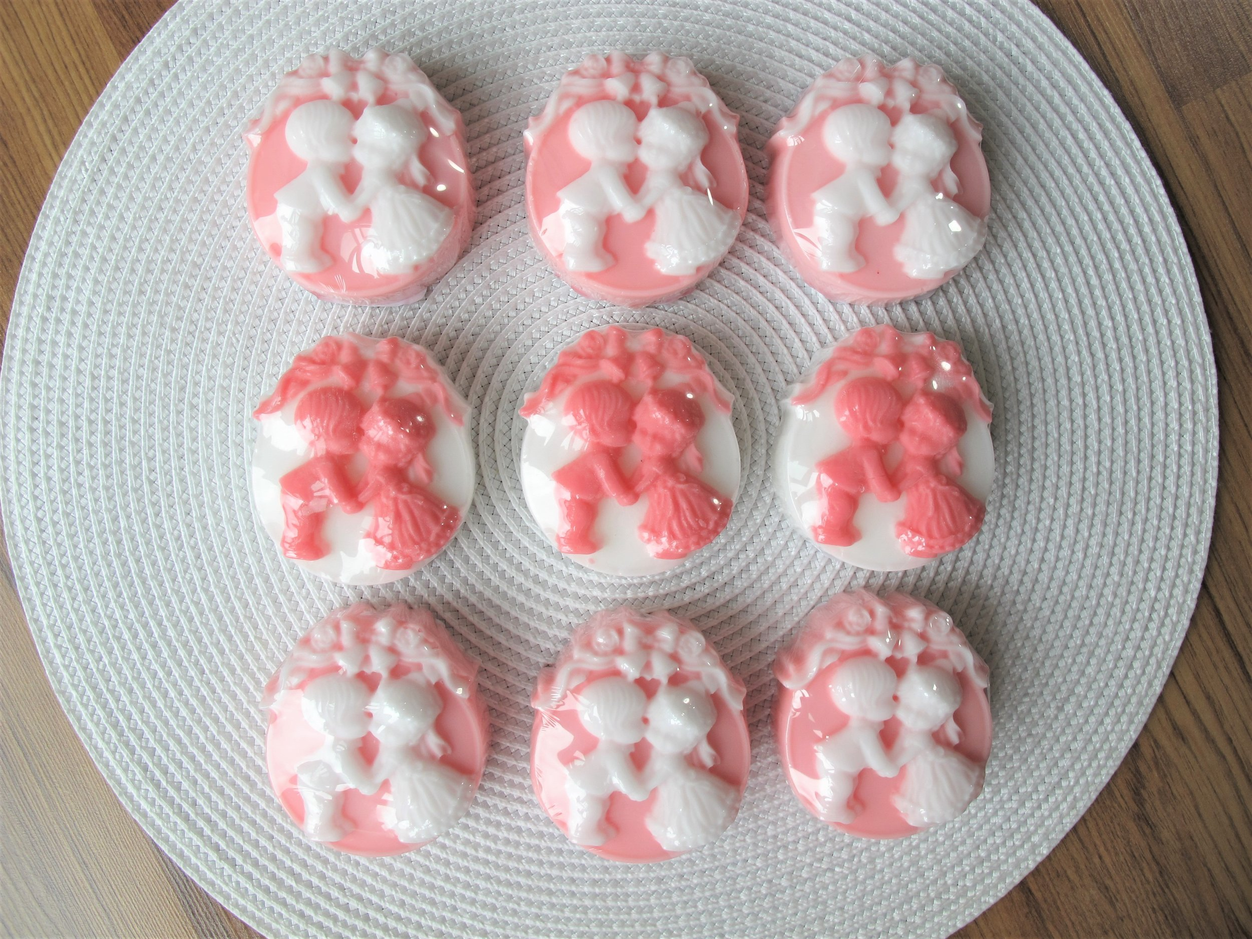 Sample Wedding Favours / Bonbonnieres 95g, two tones, with essential oil.