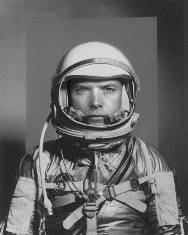 astronauts_48.jpg
