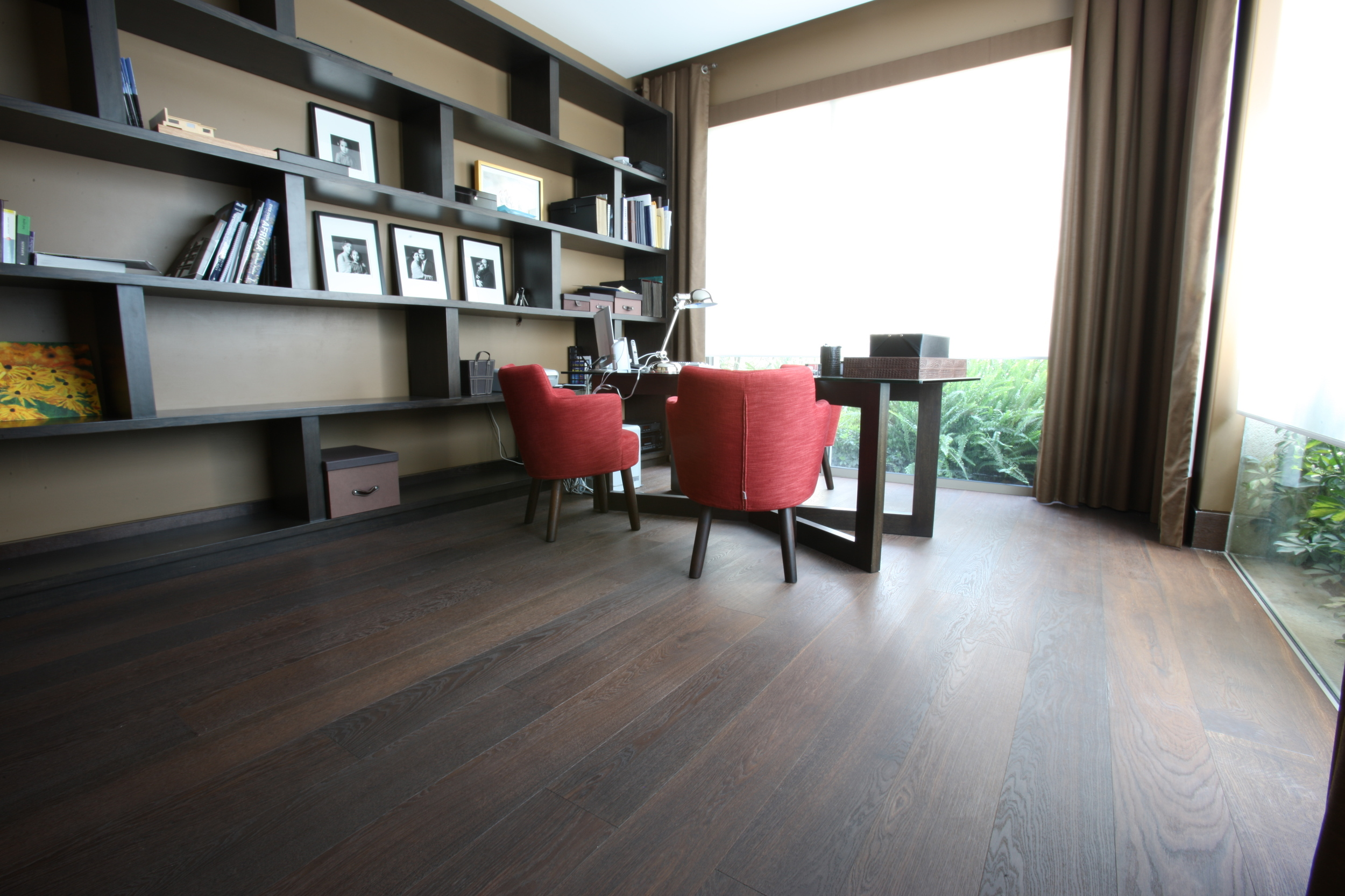 AA Select European Oak dark Heat-Treated oiled.