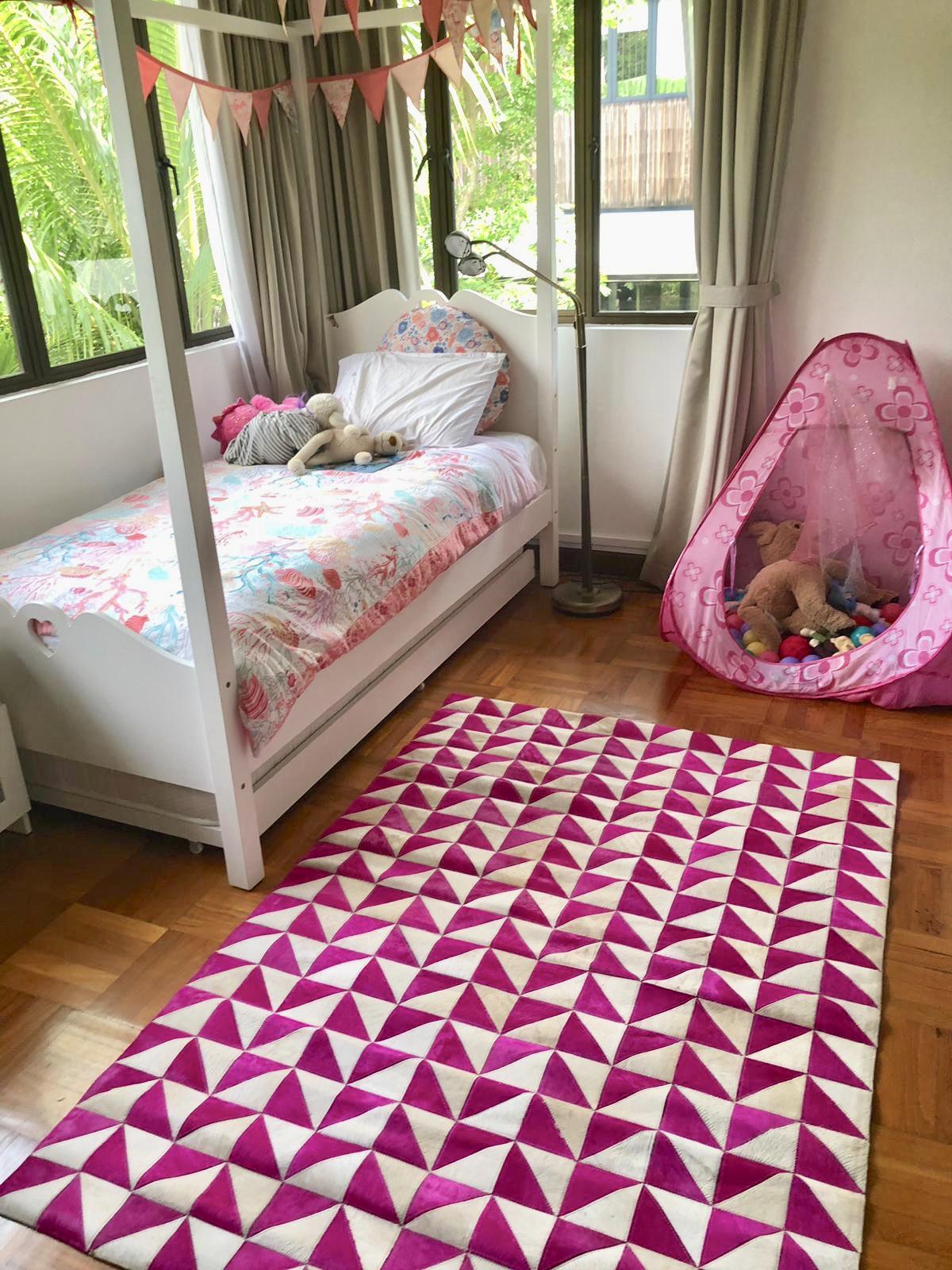 pinktrikidsroom.jpg