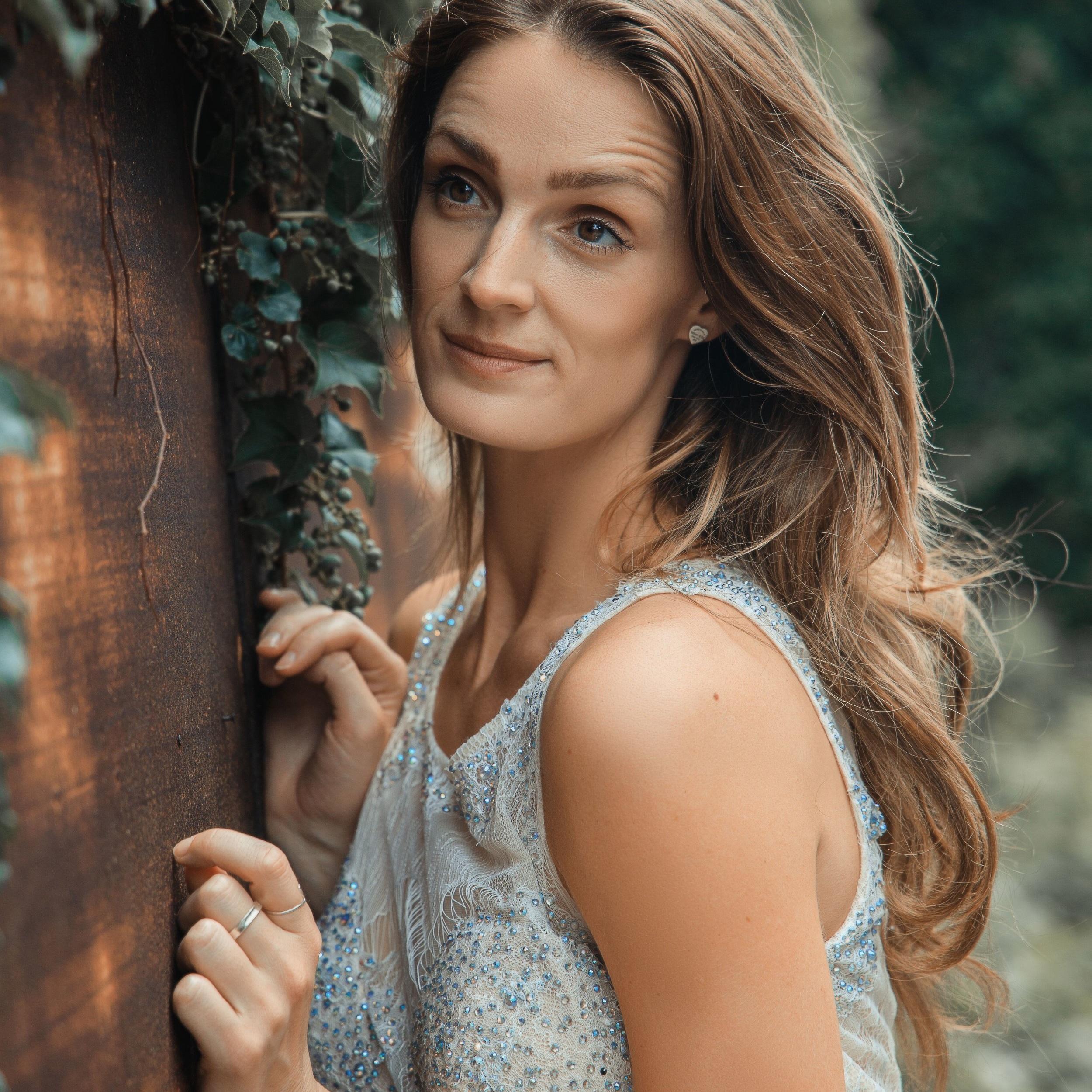 Kate Lindeman (Vocalist)