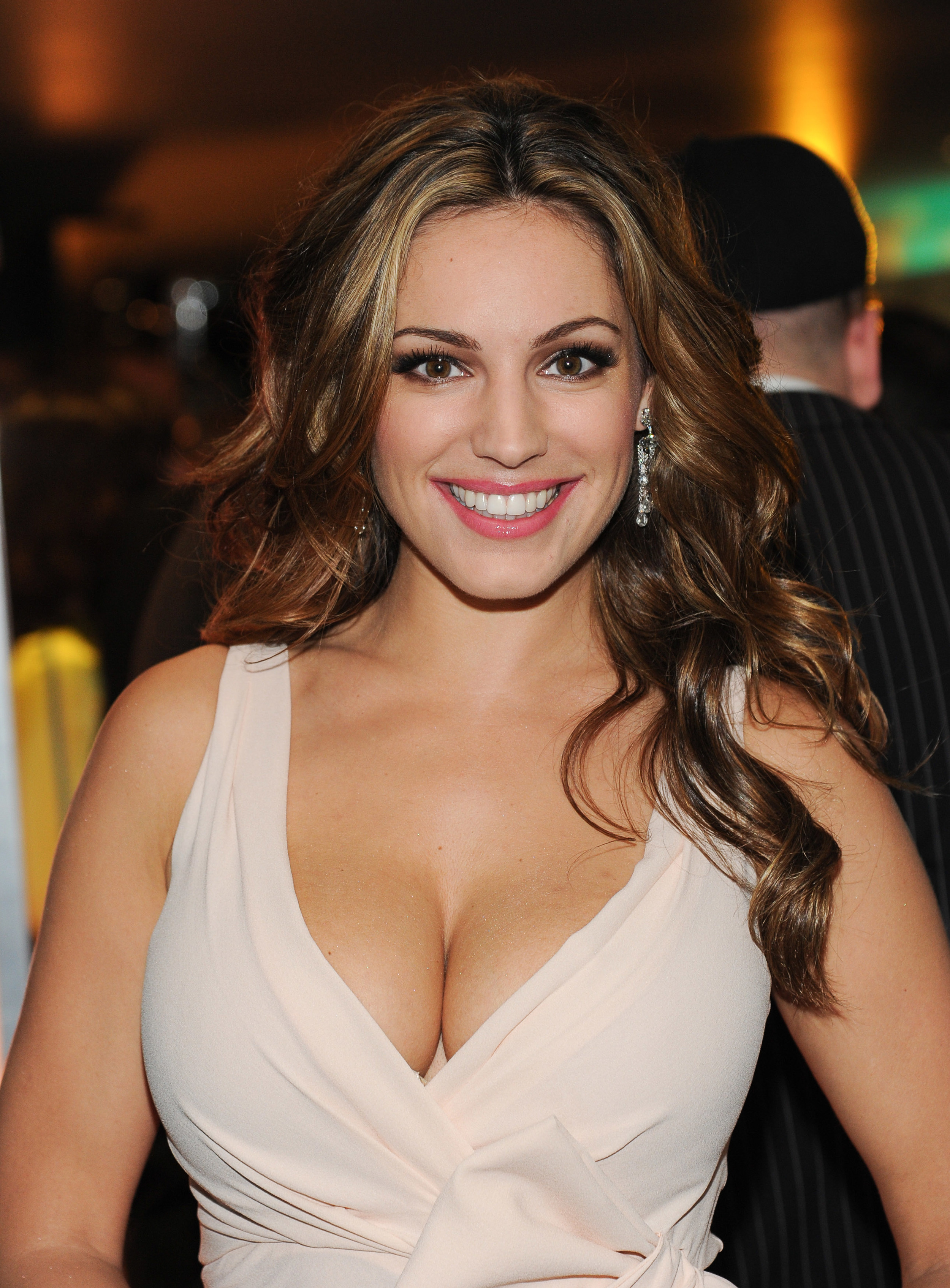 kelly-brook-makeup.jpg