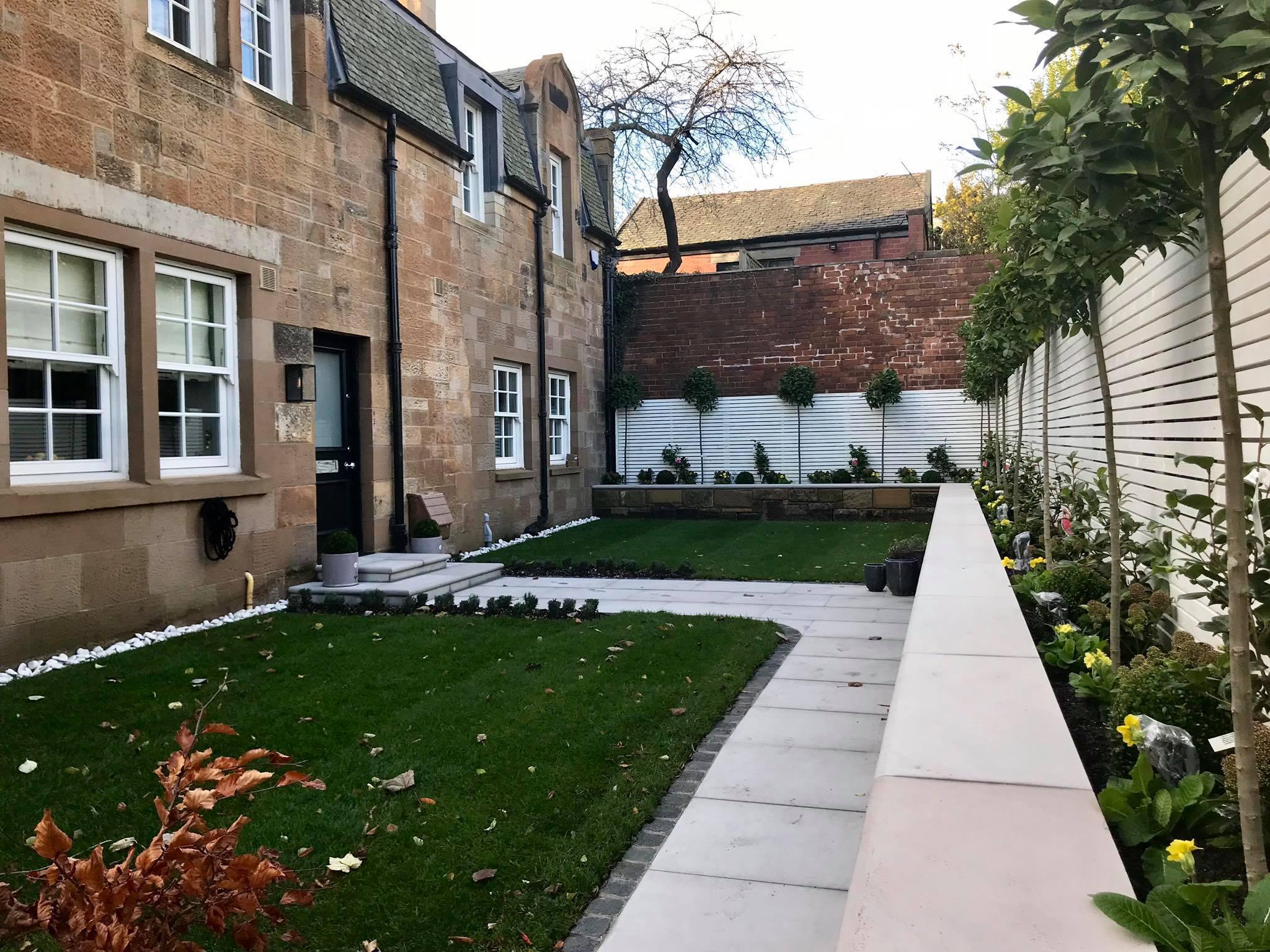Front Garden, Glasgow West End