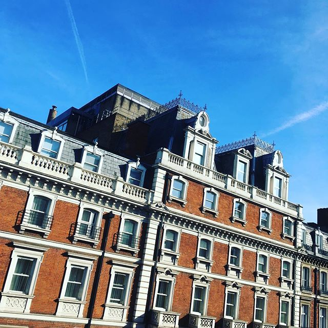 Blue skies over Marylebone 💙💙💙