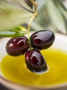 The renowned 'liquid gold' of Olive oil (credit: insearchofsimplicity.com)