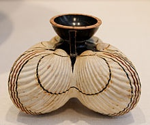 Aryballos – an ancient perfumed oil bottle They don't make beauties like these anymore!!