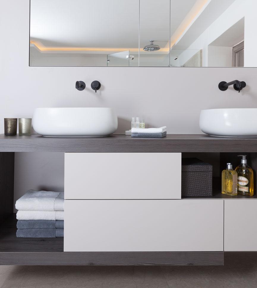 Bathroom-matt-surface-865x970px.jpg