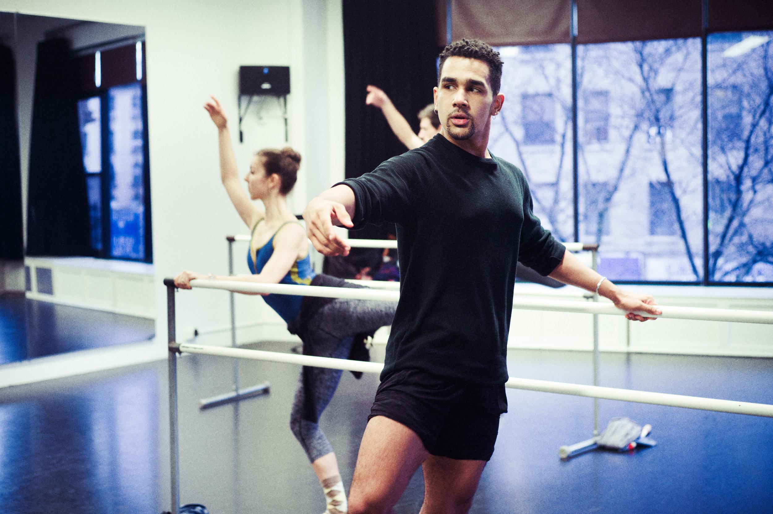 ioulex-dpwh-adult-ballet-2126822.jpg