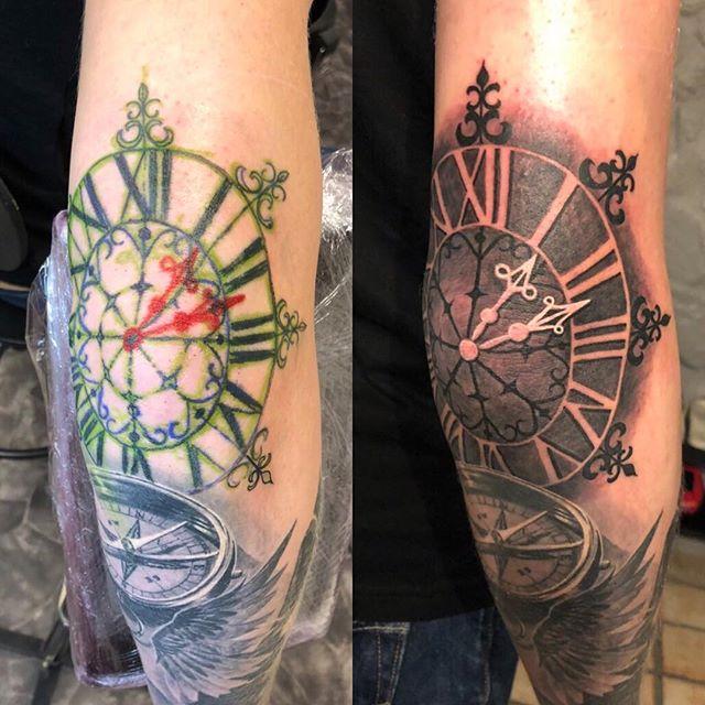 Elbow Tattoo (13:12). By @affe_tattoo ---------------------------------------------------- •Havregatan 1, Södermalm •T-bana Skanstull •070-027 06 45 •www.studiobakfickan.com •info@studiobakfickan.com ---------------------------------------------------- #tattoo #tattoos #tat #ink #inked #tattooed #tattoist #art #design #instaart #instagood #sleevetattoo #1312 #hooligan #photooftheday #tatted #instatattoo #bodyart #tatts #tats #amazingink #tattedup #inkedup #skanstull #södermalm #stockholm #studiobakfickan #studio #tattooshop #tatuering