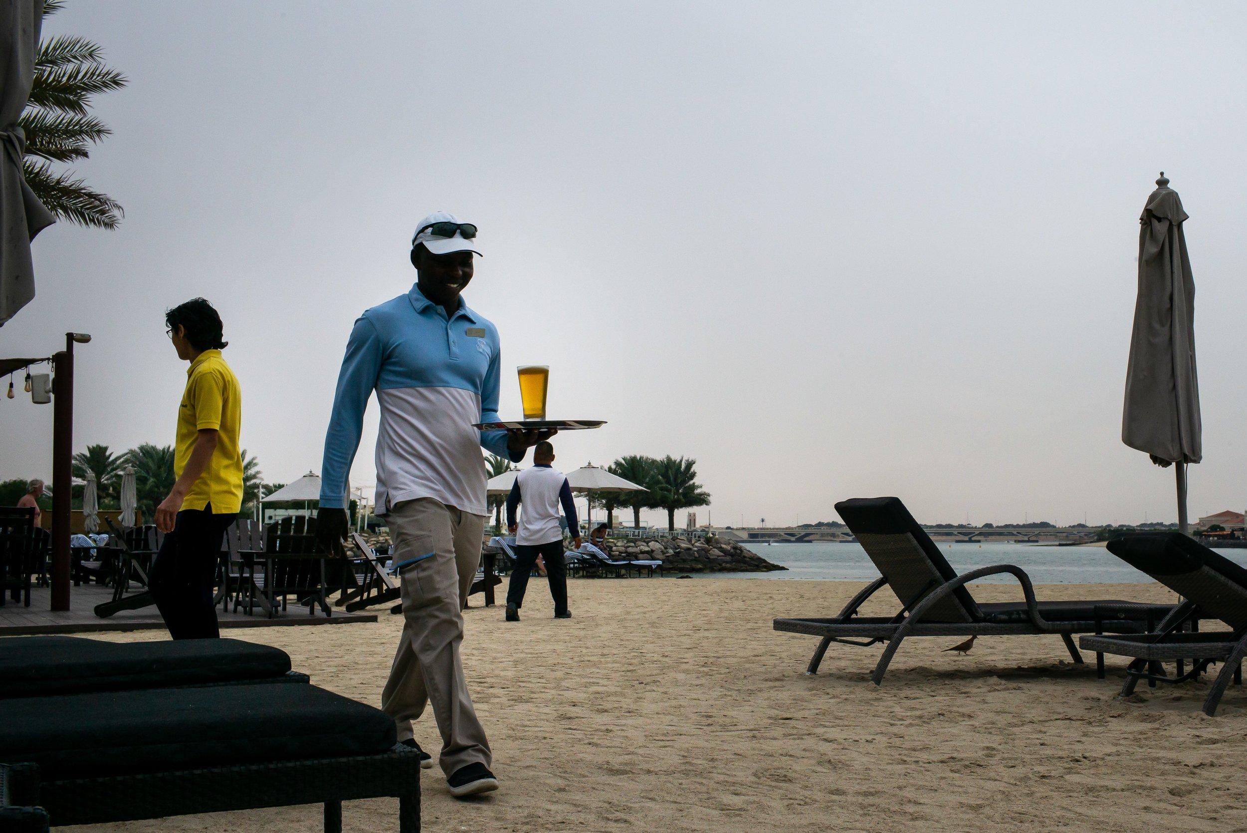 Abu Dhabi Beach 5.jpg