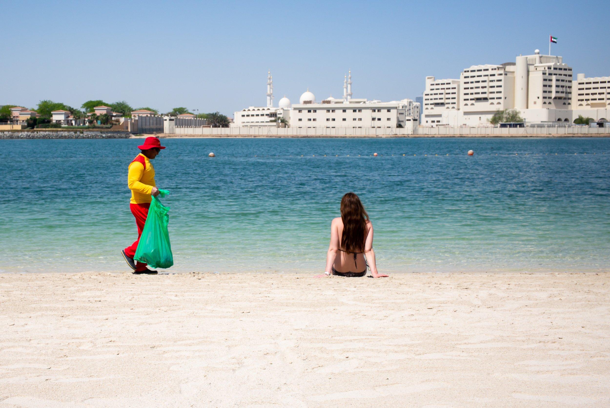 Abu Dhabi Beach 17.jpg