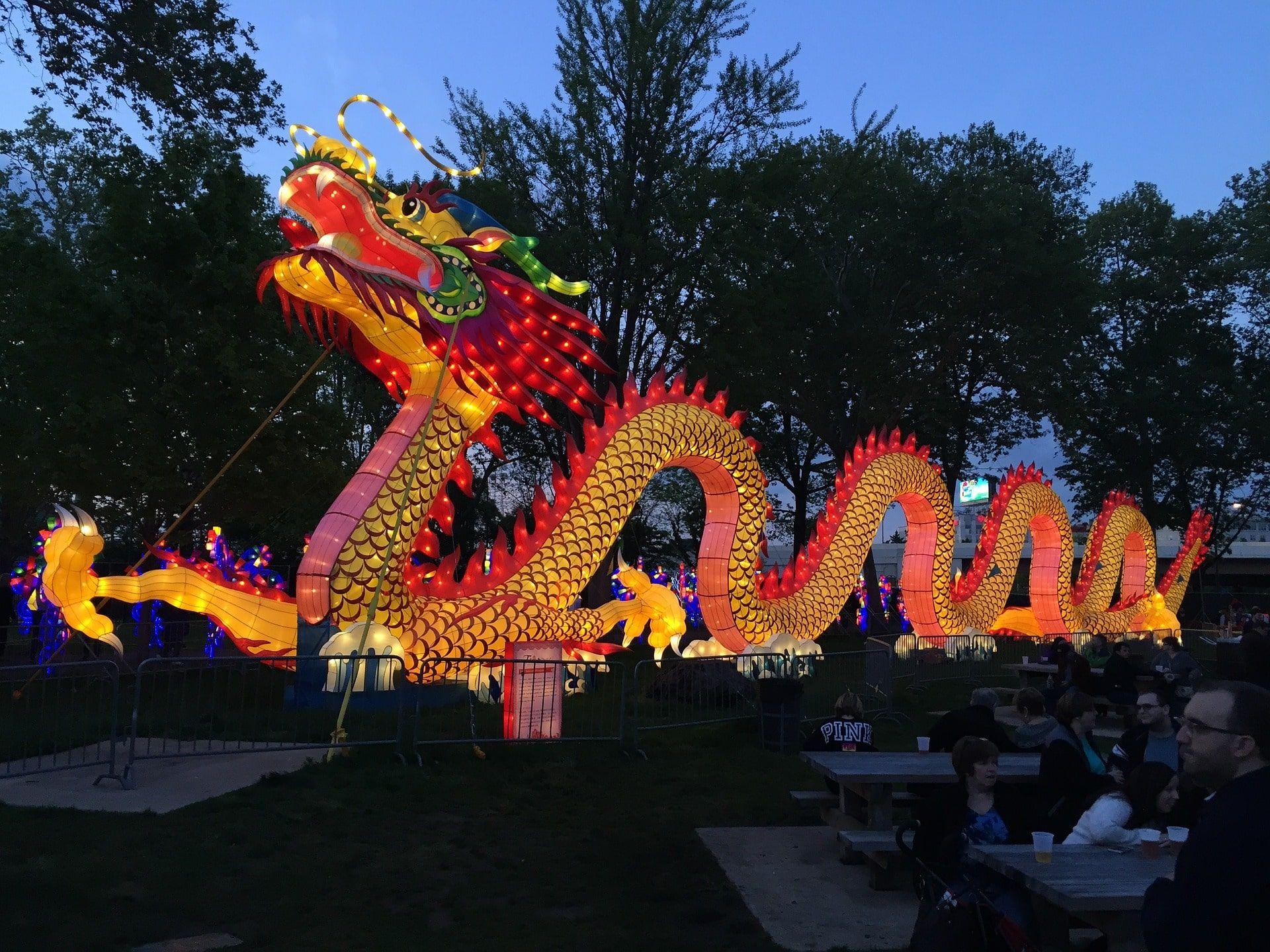 chinese-new-year-2214734_1920-min (1).jpg