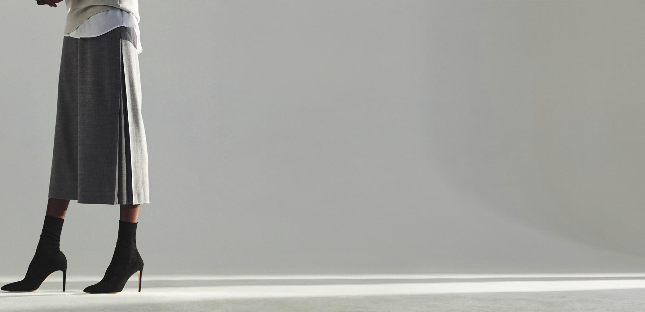 ABHY SWEATER HK$1,690, SALTINA PANT HK$1,990