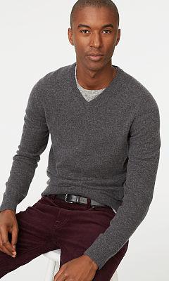 Cashmere V-Neck Sweater  HK$2,990