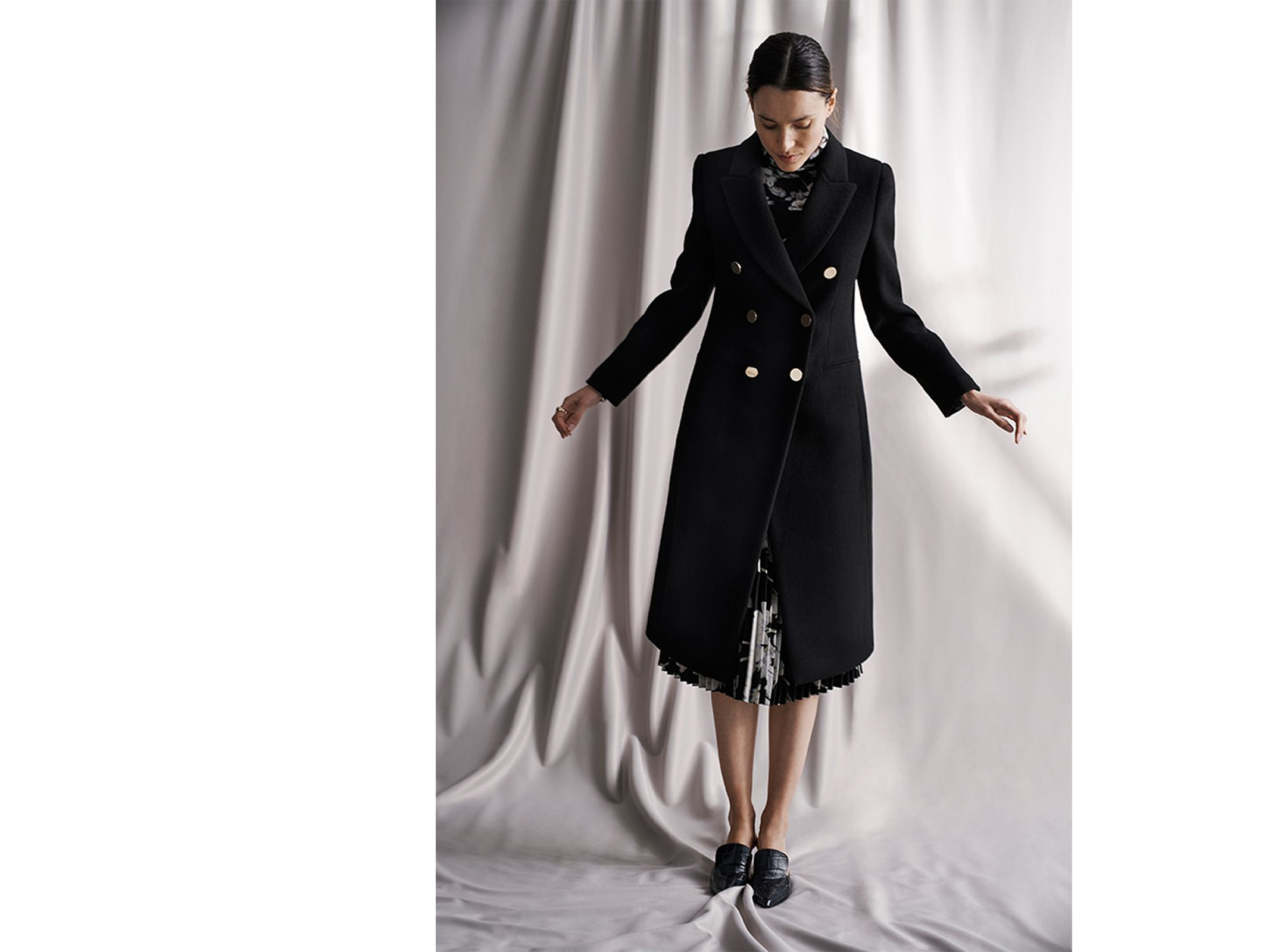 Julie Turtleneck, Jemma Coat, Annina Pleated Skirt