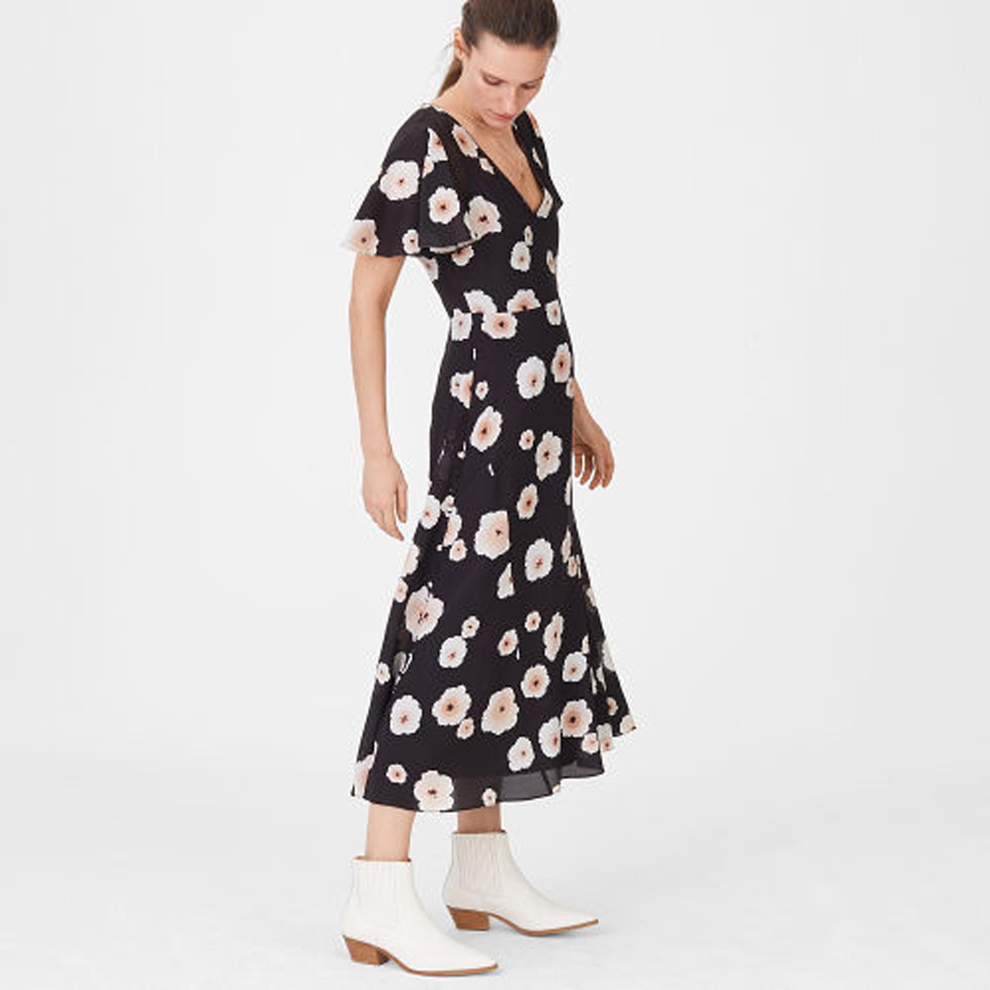 Zameeka Silk Floral Dress   HK$3,590