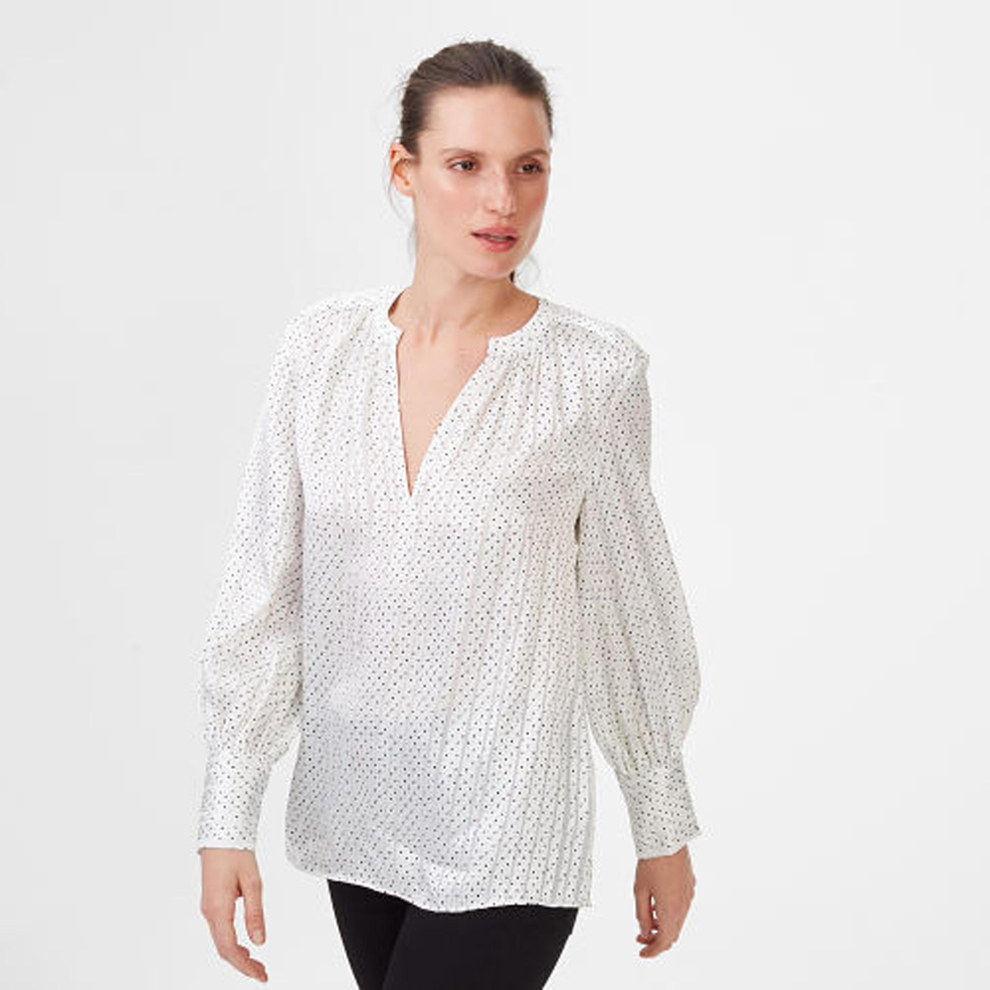 Janney Silk Top   HK$1,890