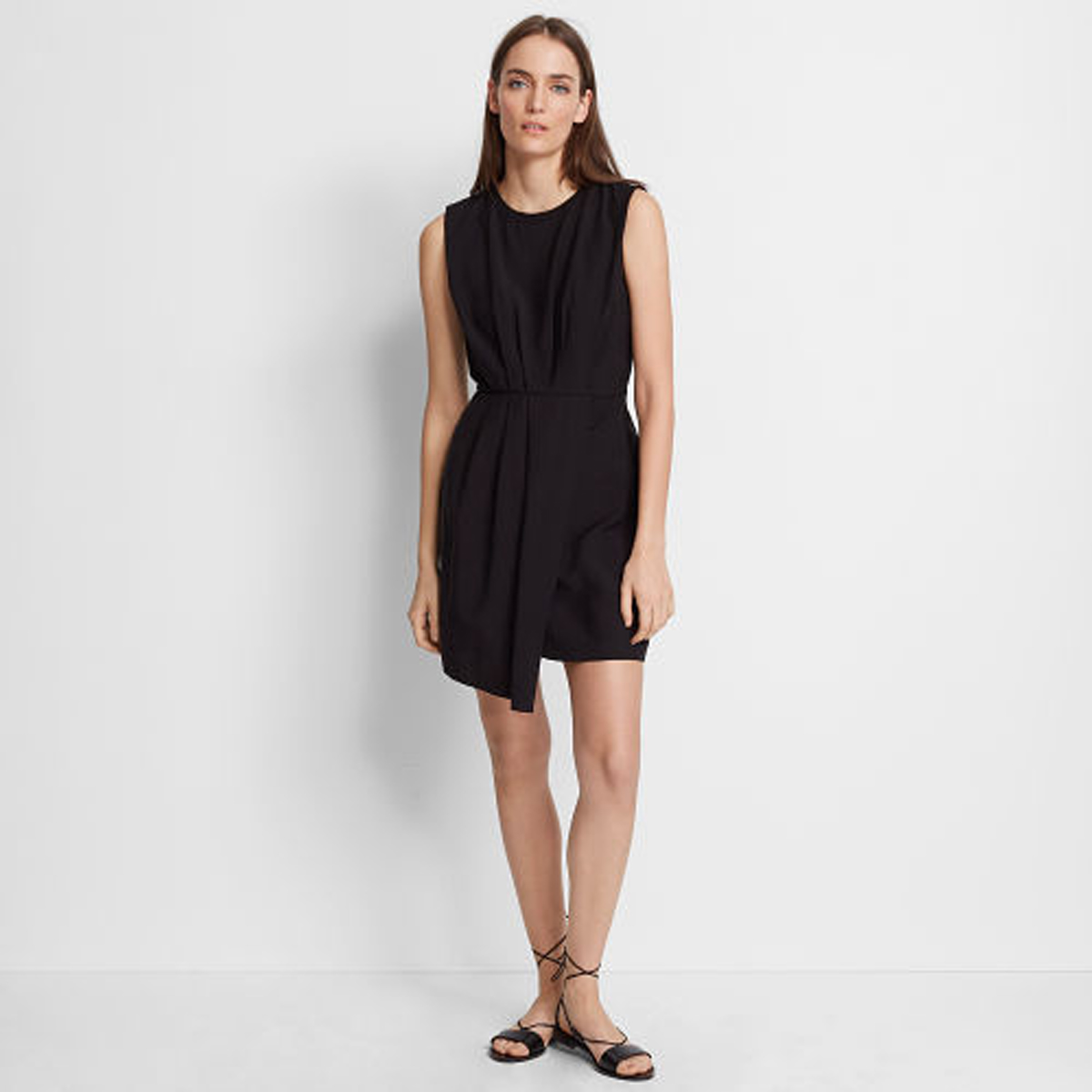 Perdeta Dress   HK$1,990