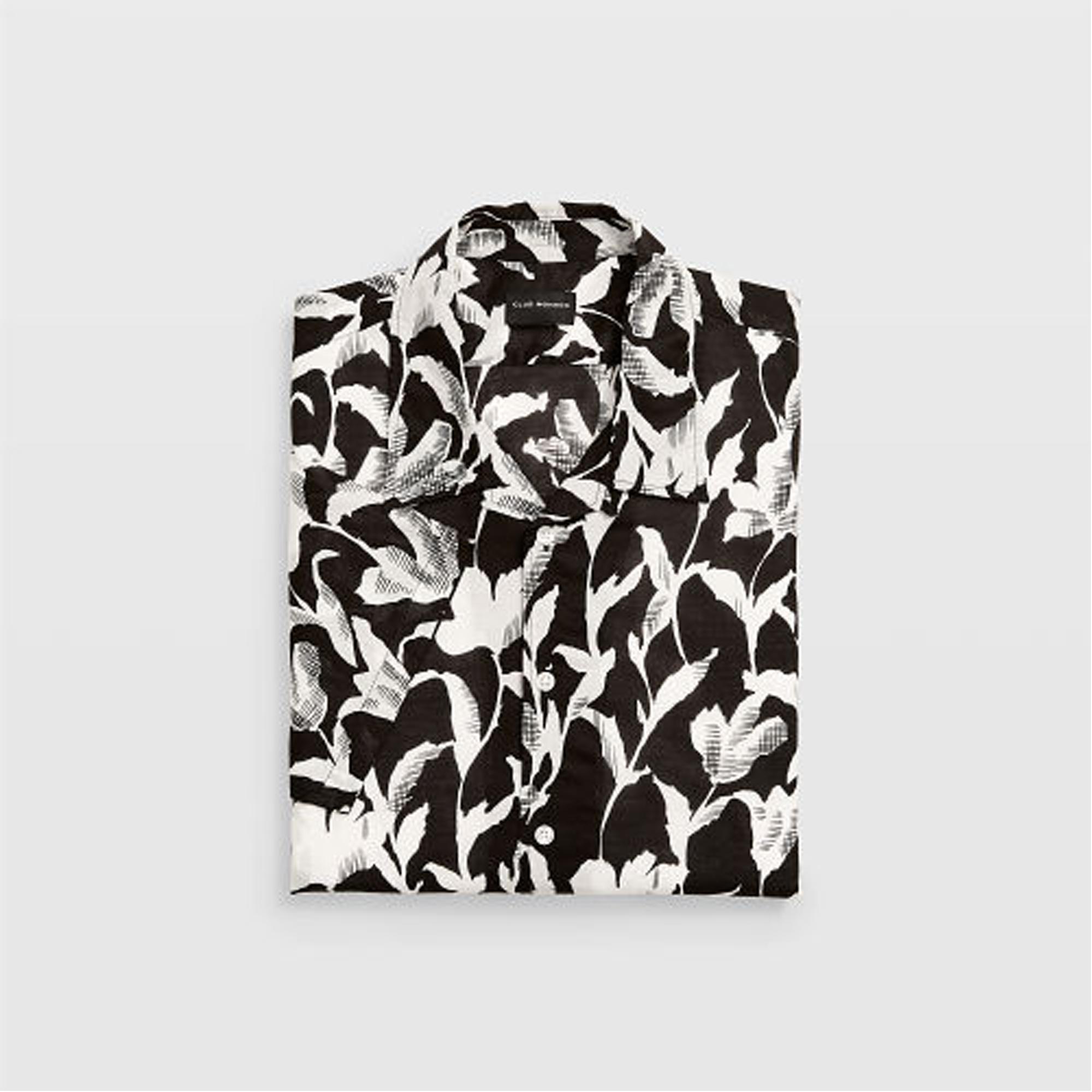 Slim Floral Shirt .  HK$890
