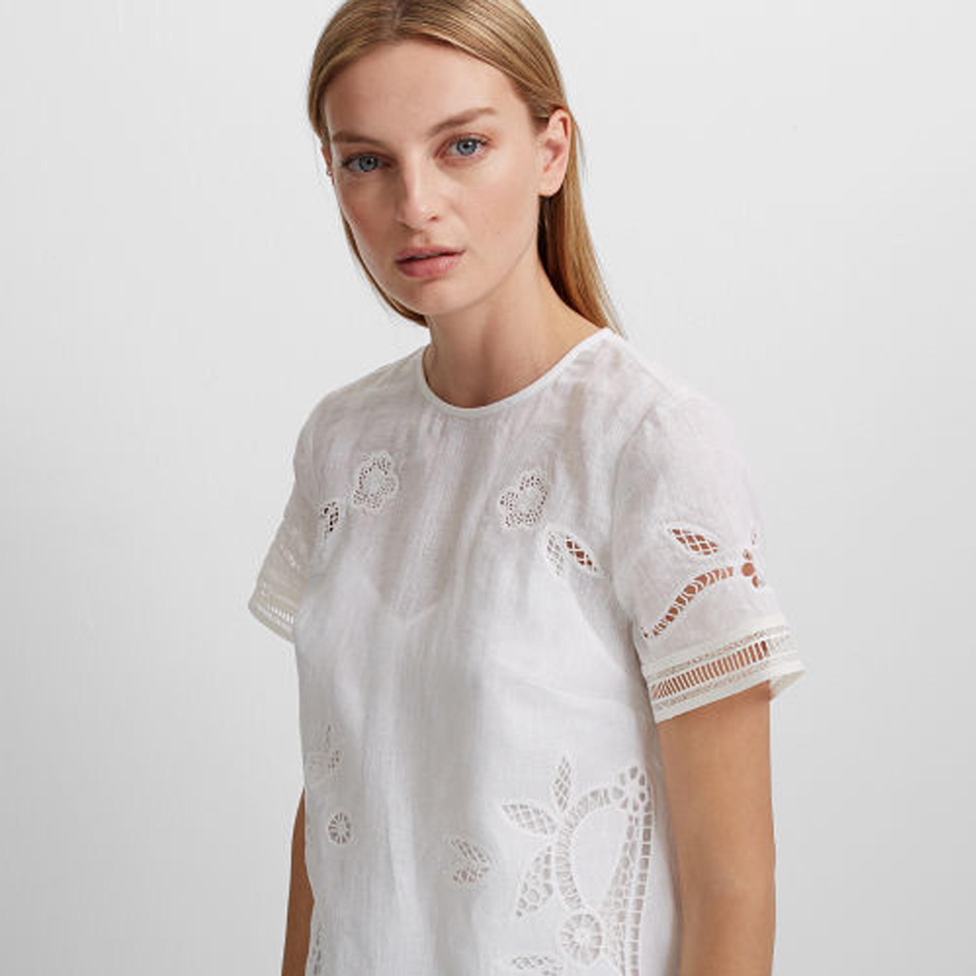 Luceenie Linen Dress   HK$2,690