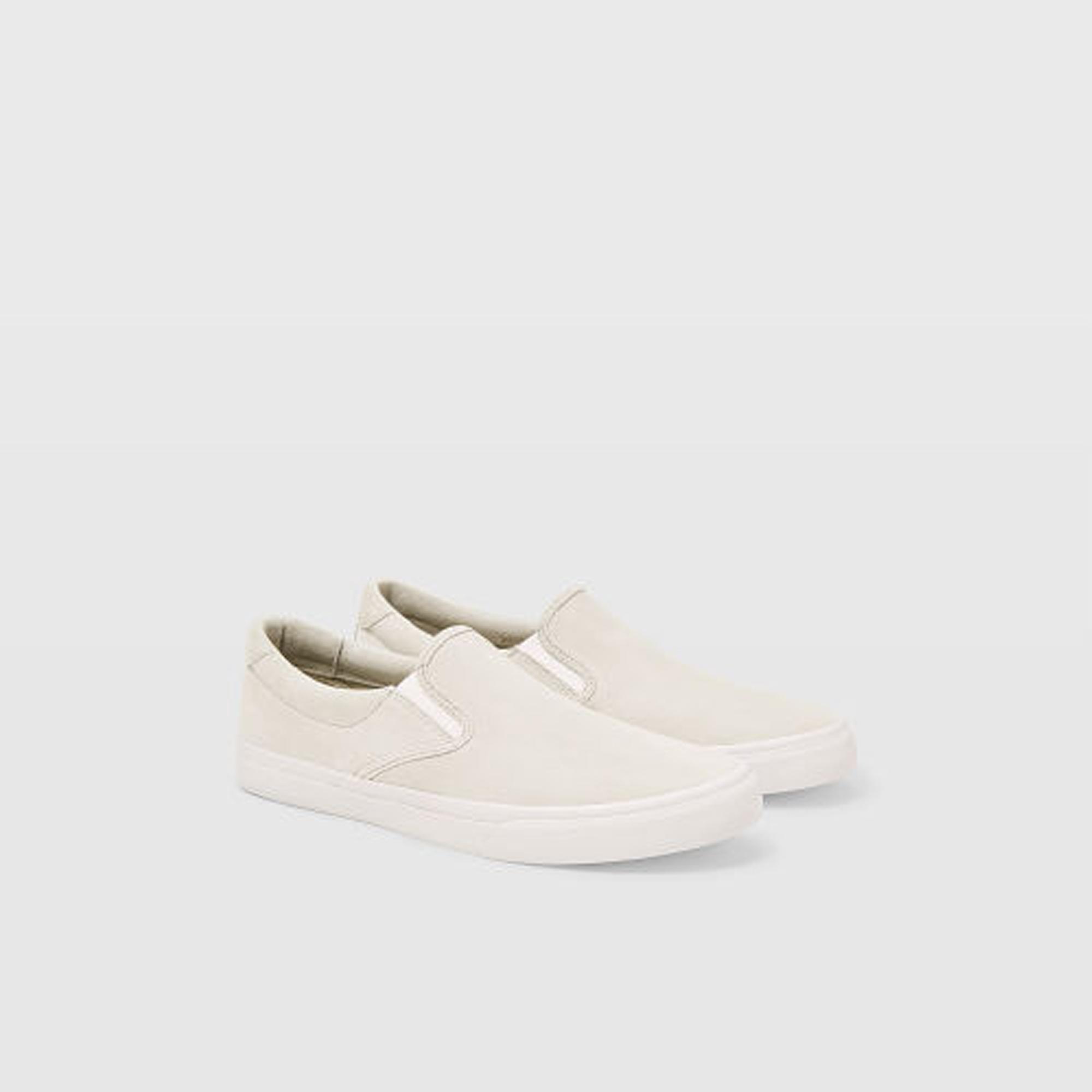 CM Slip-On Sneaker  HK$990
