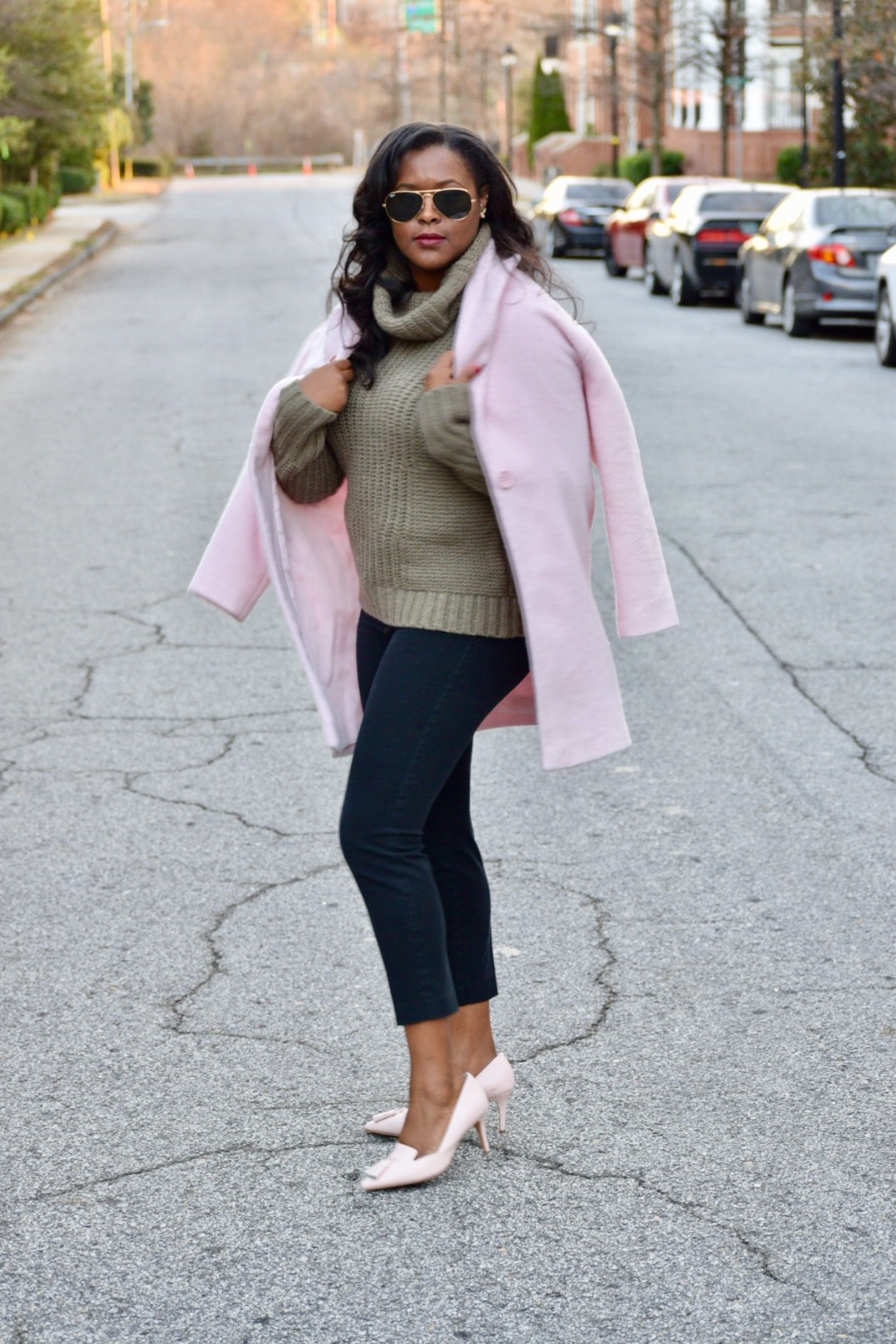 Eva Mendes X NYC Coat (old, but I like this one  here ), Banana Republic Sweater (old, similar  here ), Old Navy Pixie Pants ( here ), Banana Republic Shoes (old, similar  here ), Ray Ban Aviators ( here ), Chanel Brooch & Earrings