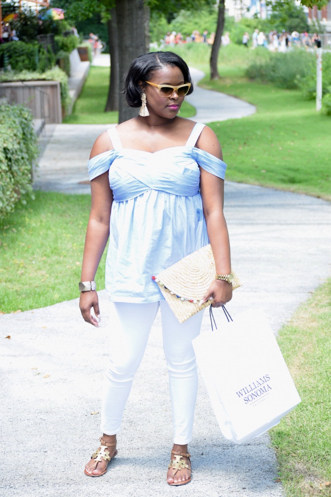 Ann Taylor Shirt (on sale!  here ), Zara Jeans ( here ), Tory Burch Sandals (old, but I like  these ), Pom Pom Clutch ( here ), Earrings ( here ), Valentino Sunnies!