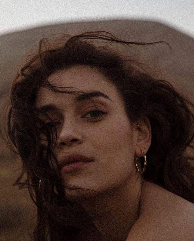 Esmeralda ✨  #bellesheroines #louisedamas #handmade #jewelry #madeinparis