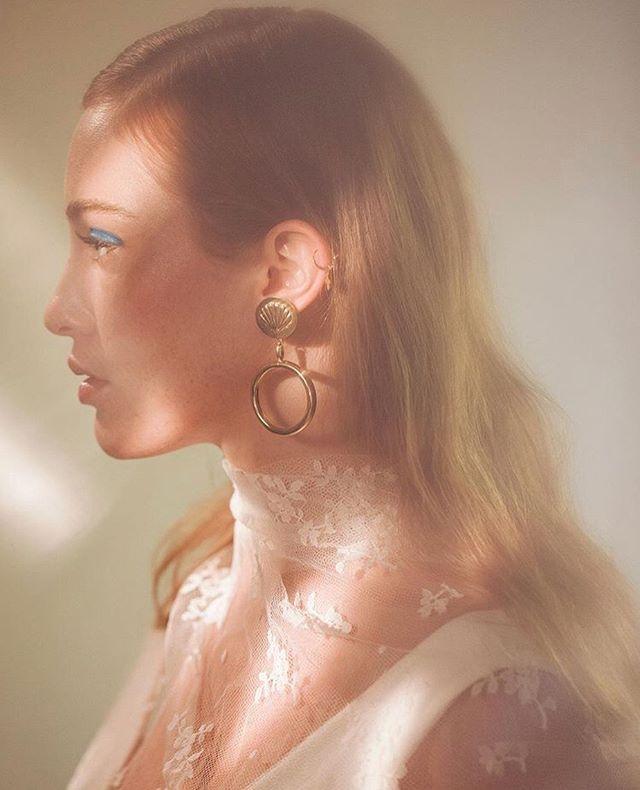Glowy Ondine ✨  #bellesheroines #louisedamas #handmade #jewelry #madeinparis
